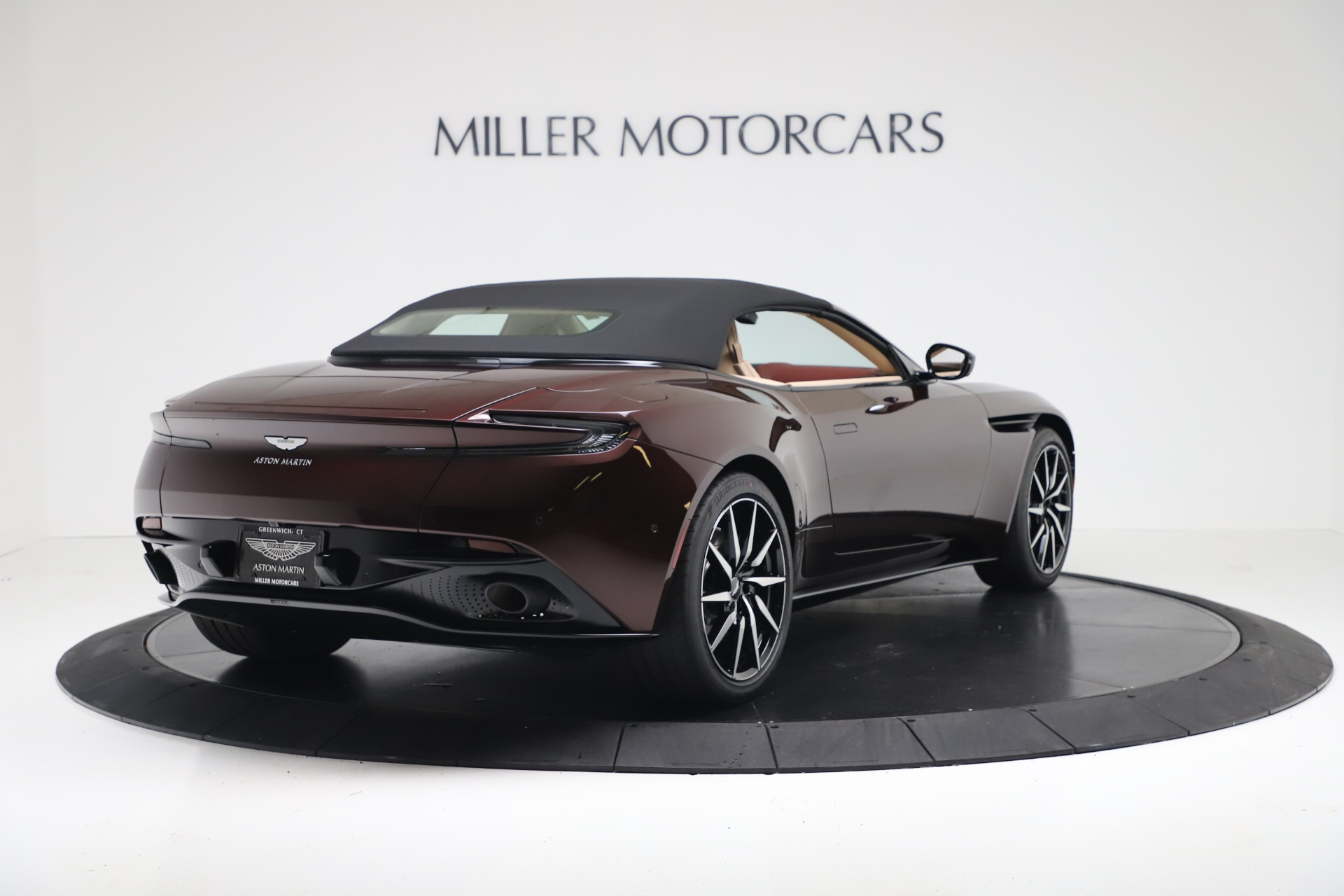 New 2020 Aston Martin DB11 V8 For Sale In Greenwich, CT. Alfa Romeo of Greenwich, A1398 3380_p17