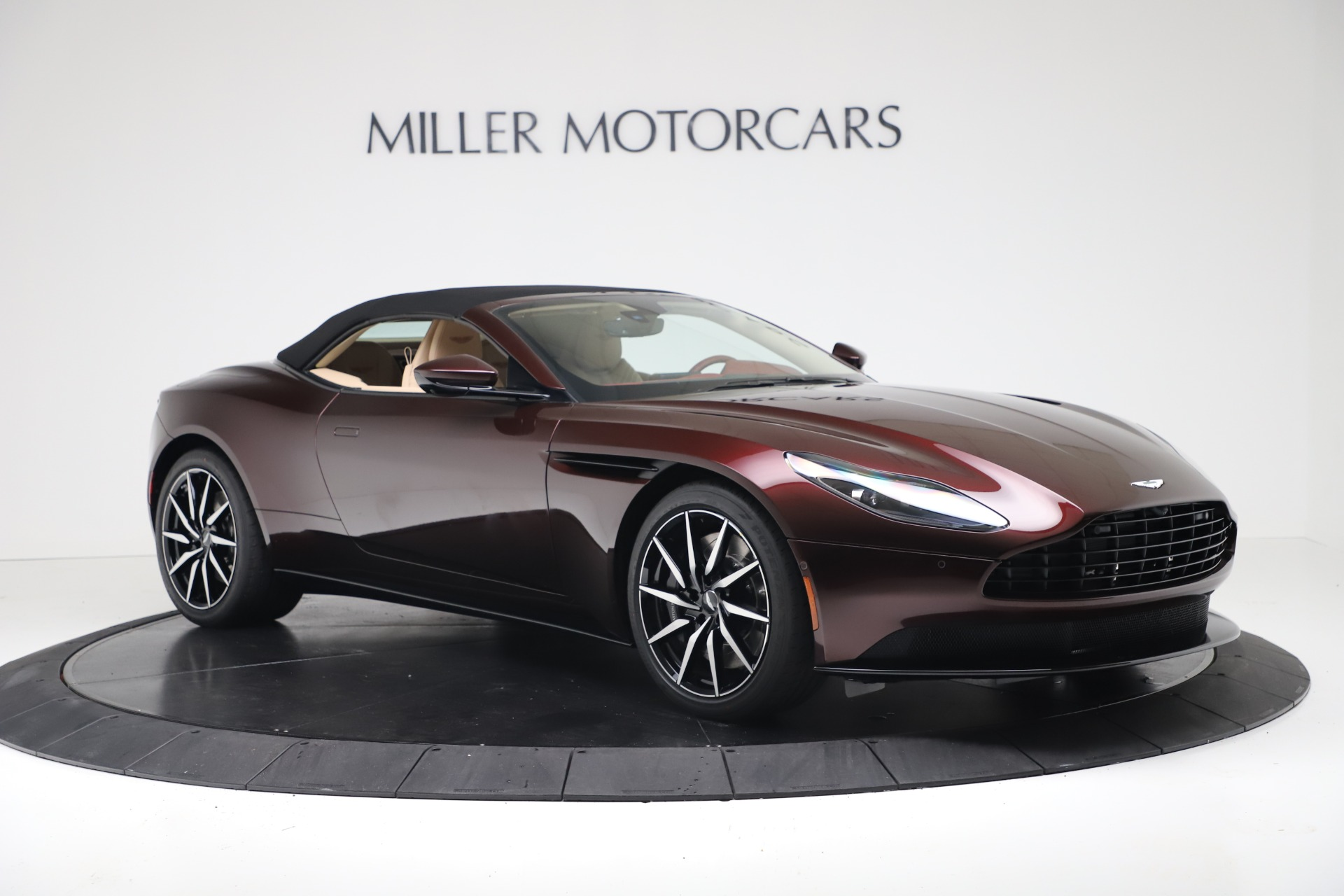 New 2020 Aston Martin DB11 V8 For Sale In Greenwich, CT. Alfa Romeo of Greenwich, A1398 3380_p19