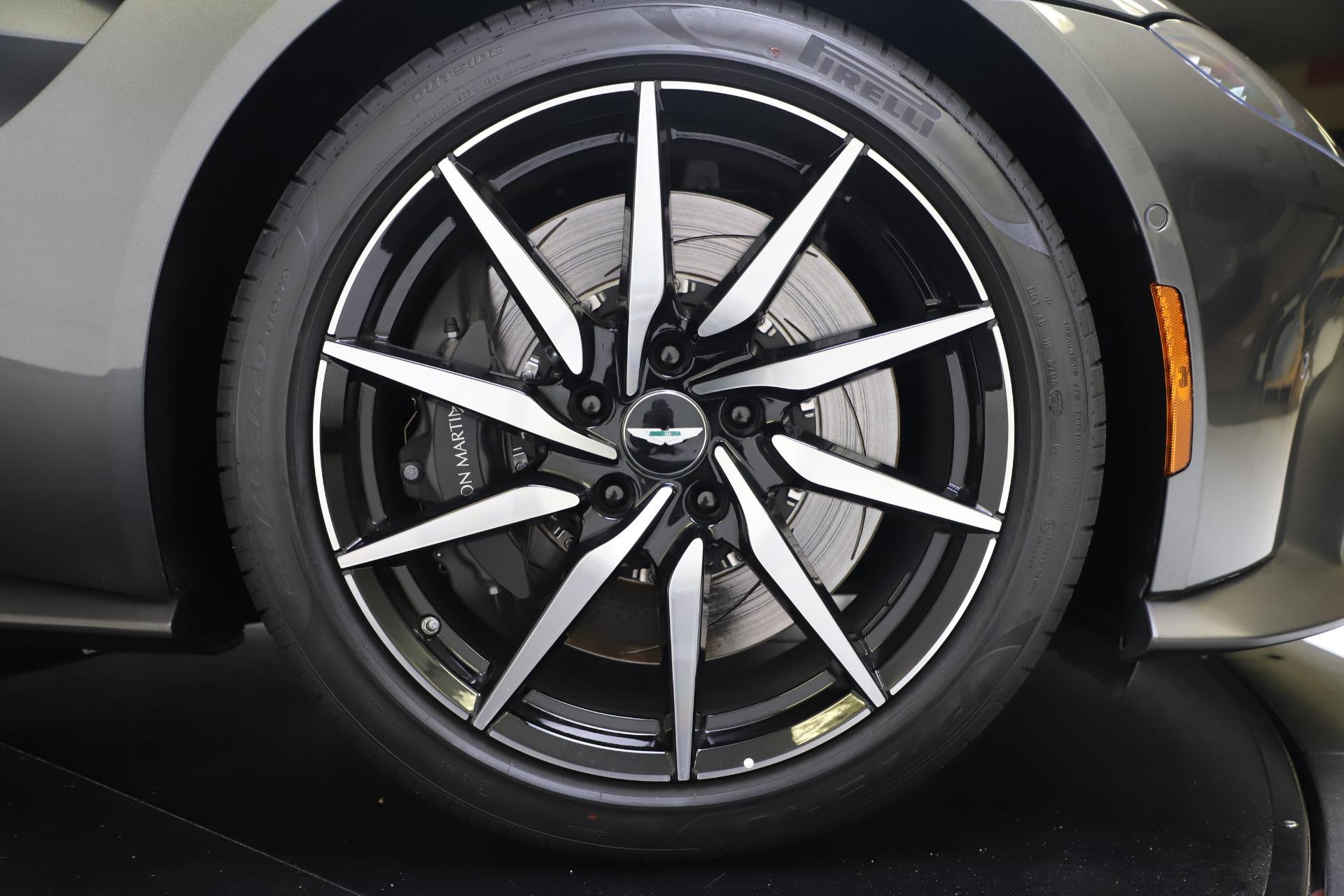 New 2020 Aston Martin Vantage Coupe For Sale In Greenwich, CT. Alfa Romeo of Greenwich, A1396 3384_p18