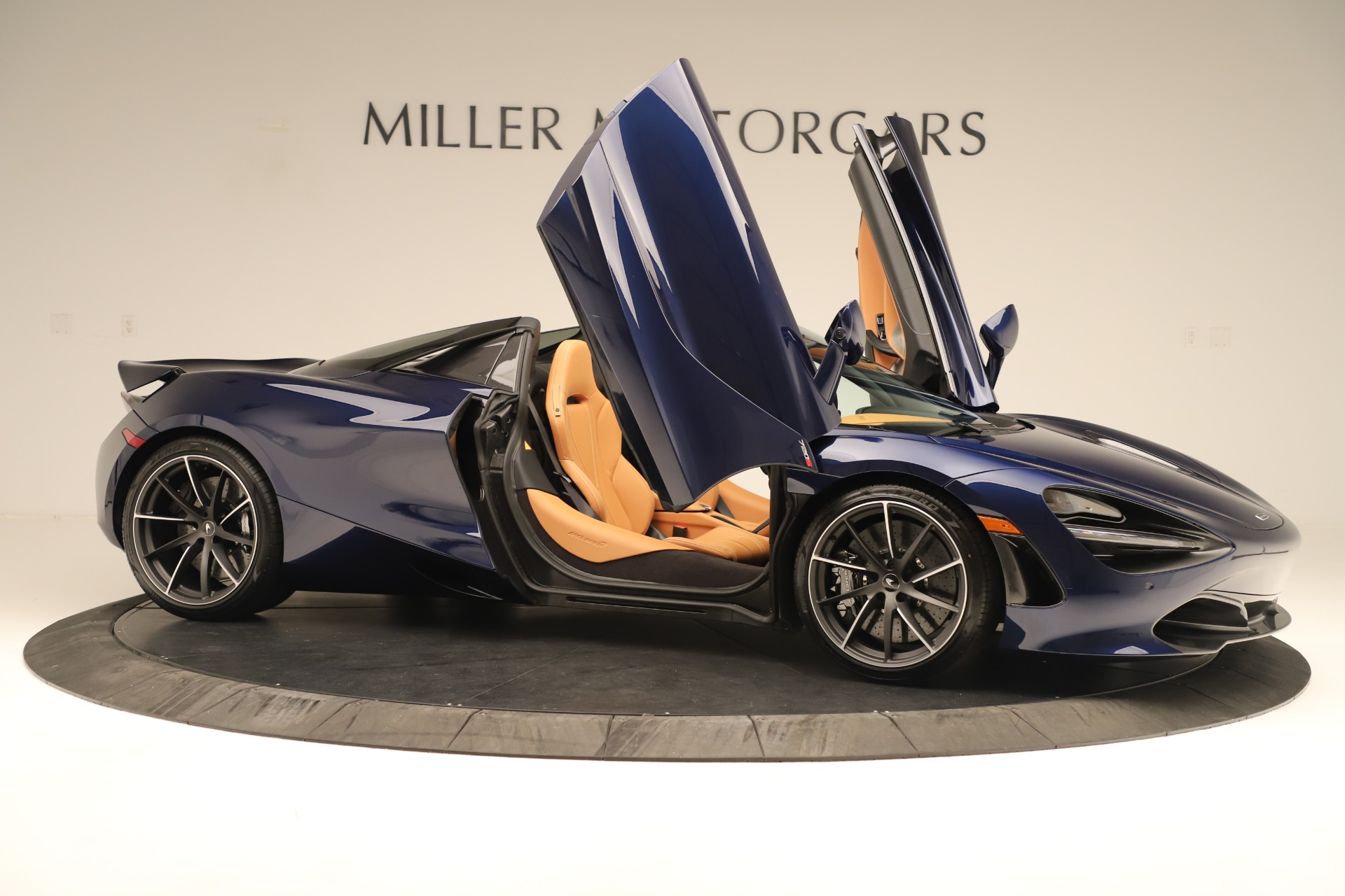 New 2020 McLaren 720S Spider Convertible For Sale In Greenwich, CT. Alfa Romeo of Greenwich, MC443 3386_p32