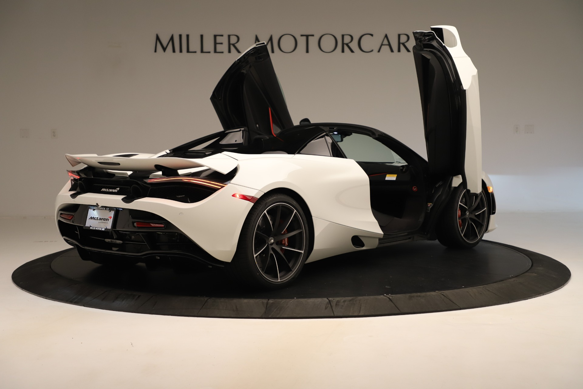 New 2020 McLaren 720S Convertible For Sale In Greenwich, CT. Alfa Romeo of Greenwich, MC456 3390_p21