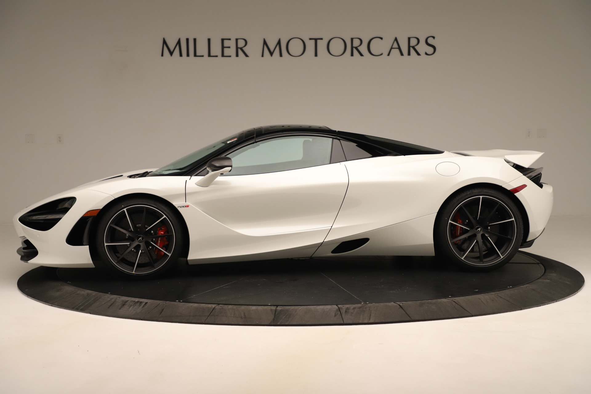 New 2020 McLaren 720S Convertible For Sale In Greenwich, CT. Alfa Romeo of Greenwich, MC456 3390_p3