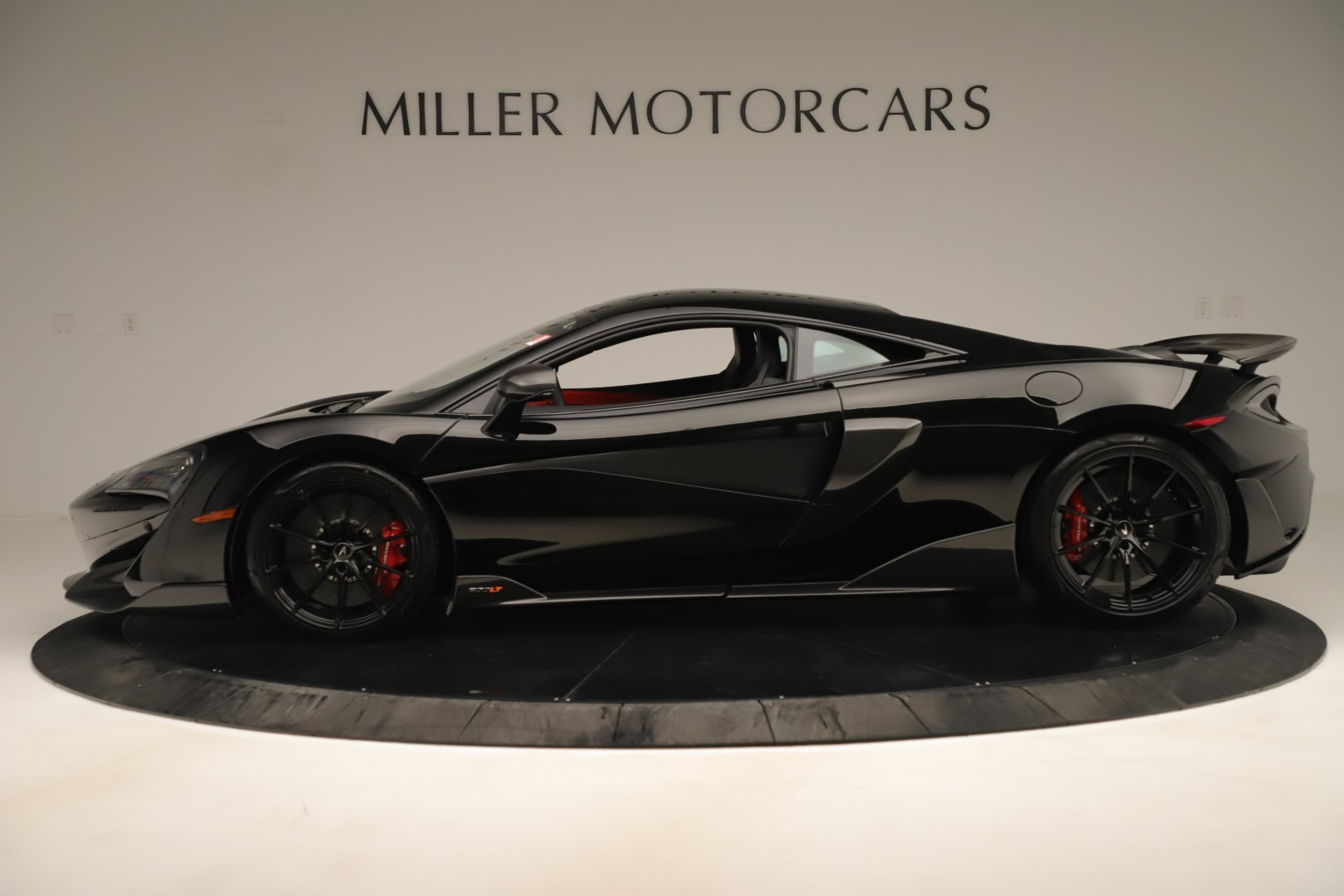 New 2019 McLaren 600LT Coupe For Sale In Greenwich, CT. Alfa Romeo of Greenwich, MC452 3392_p2