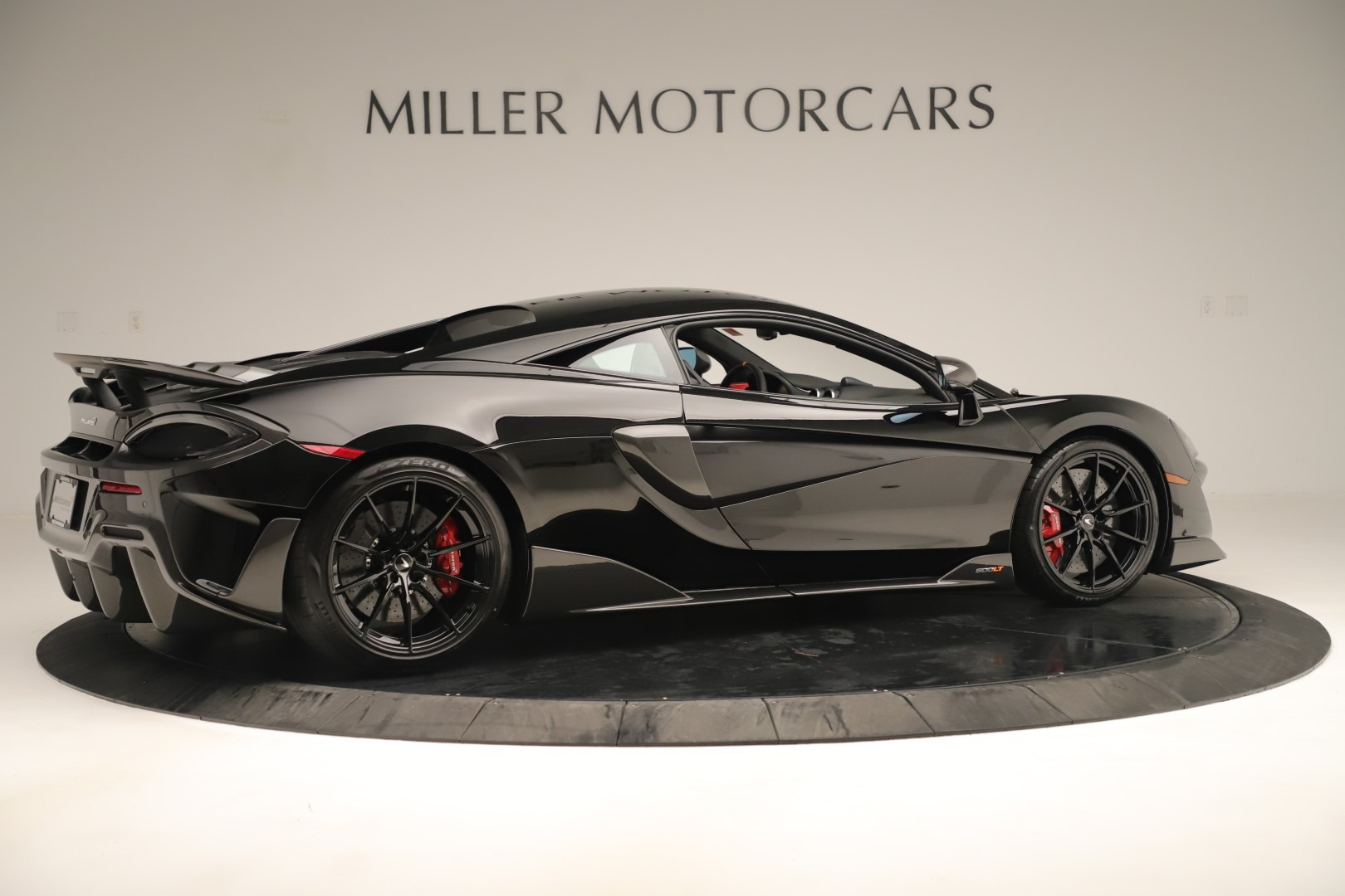 New 2019 McLaren 600LT Coupe For Sale In Greenwich, CT. Alfa Romeo of Greenwich, MC452 3392_p7