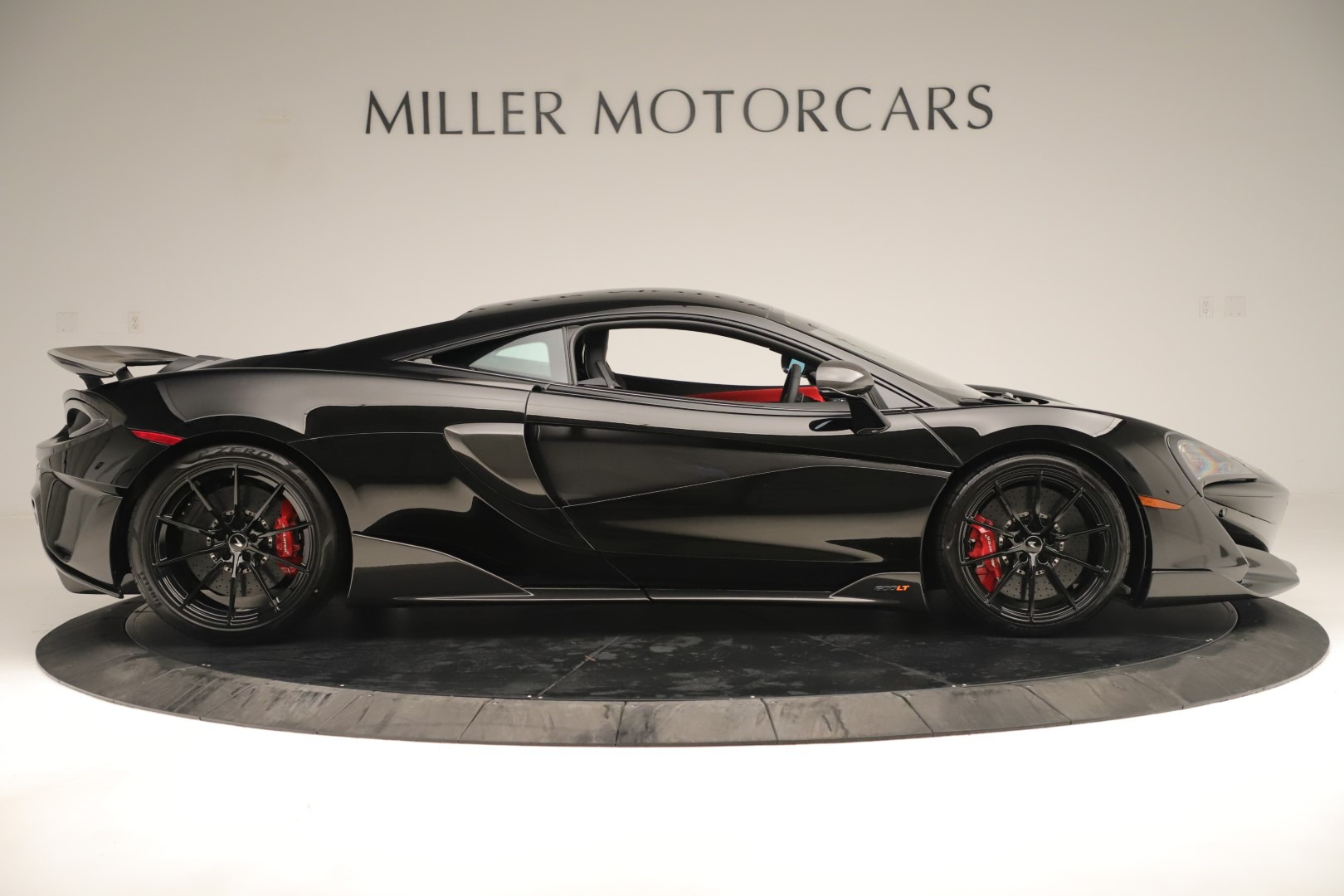New 2019 McLaren 600LT Coupe For Sale In Greenwich, CT. Alfa Romeo of Greenwich, MC452 3392_p8