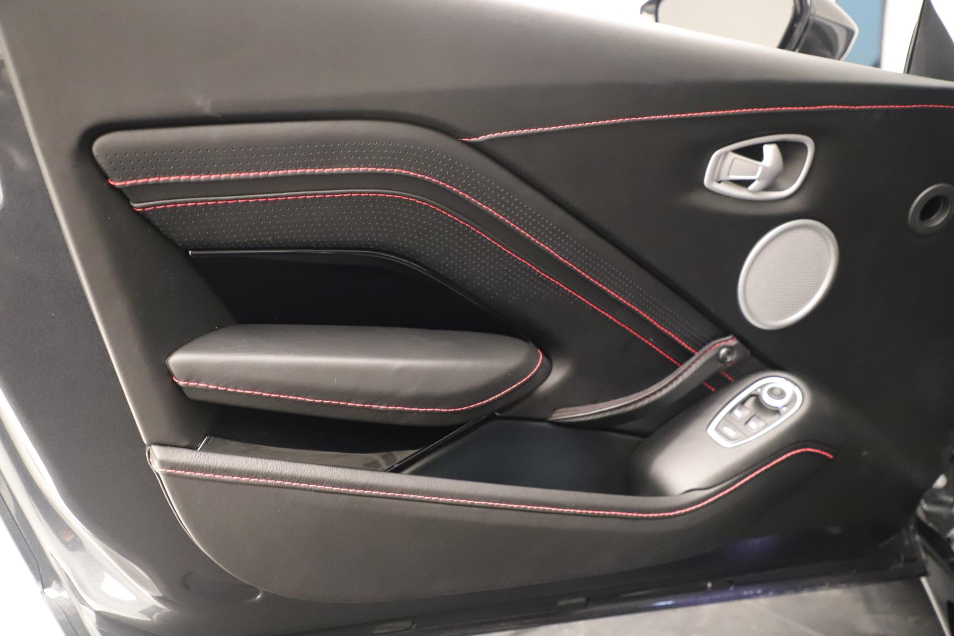 New 2020 Aston Martin Vantage  For Sale In Greenwich, CT. Alfa Romeo of Greenwich, A1400 3394_p15