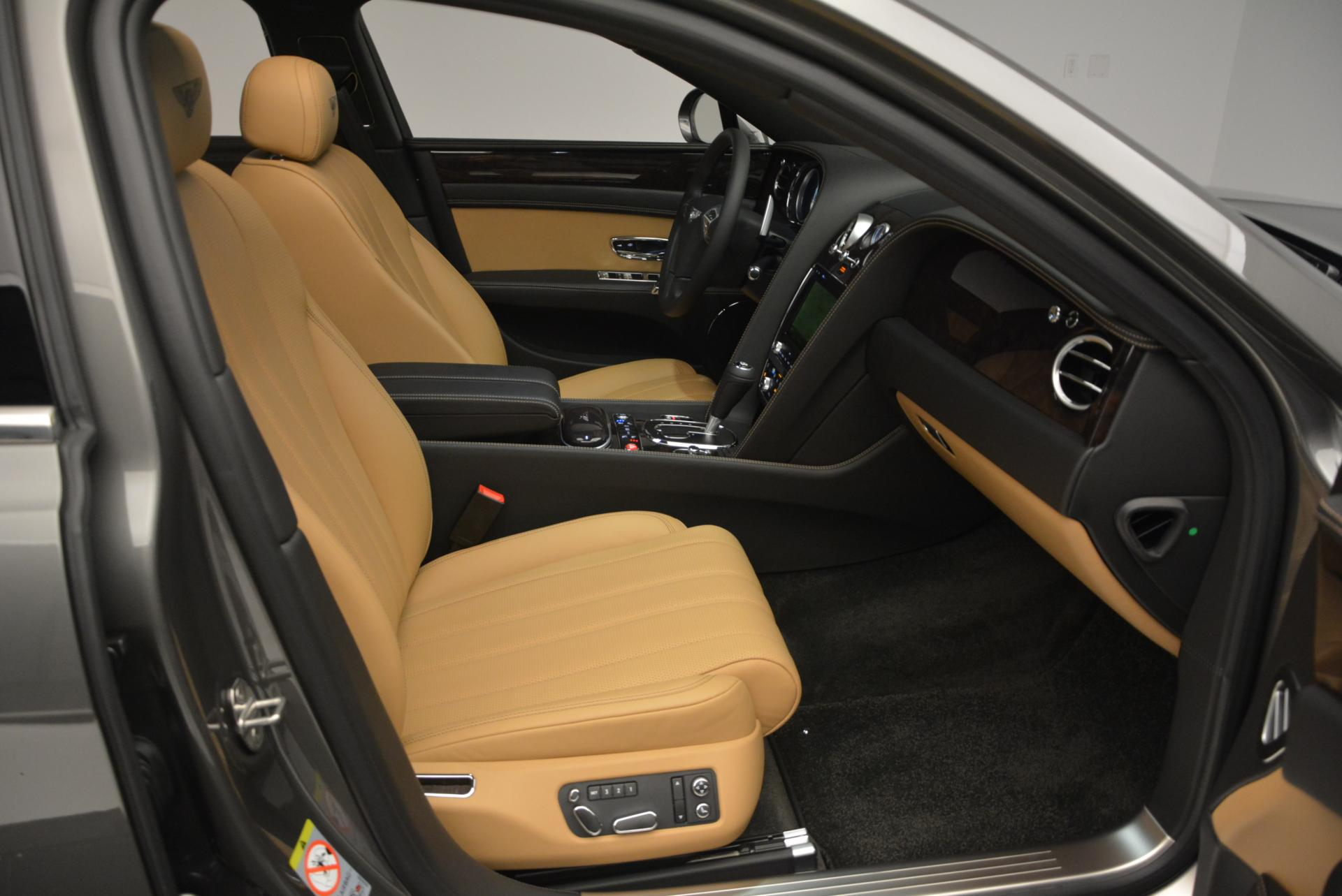 Used 2016 Bentley Flying Spur V8  For Sale In Greenwich, CT. Alfa Romeo of Greenwich, B1155 34_p35