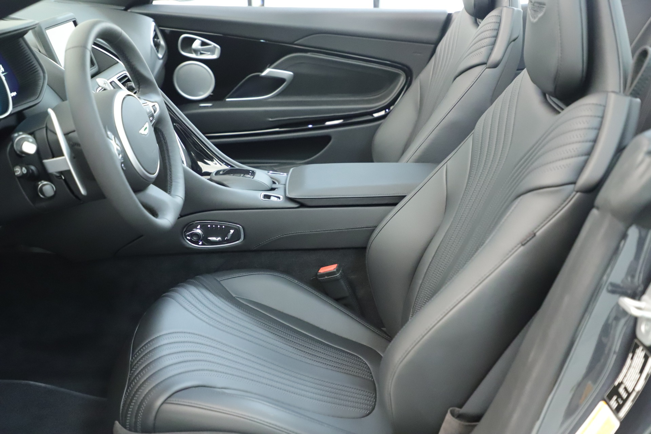 New 2019 Aston Martin DB11 V8 For Sale In Greenwich, CT. Alfa Romeo of Greenwich, A1383 3400_p23