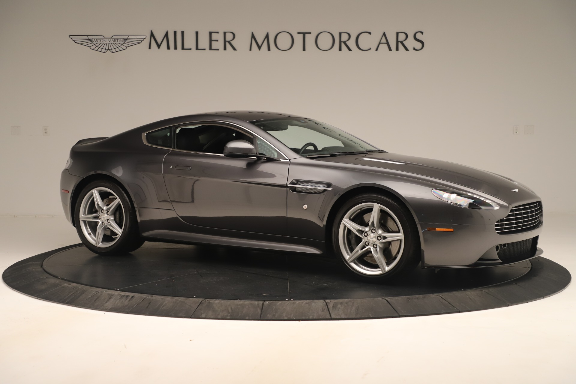 Used 2016 Aston Martin V8 Vantage S For Sale In Greenwich, CT. Alfa Romeo of Greenwich, 7625 3402_p9