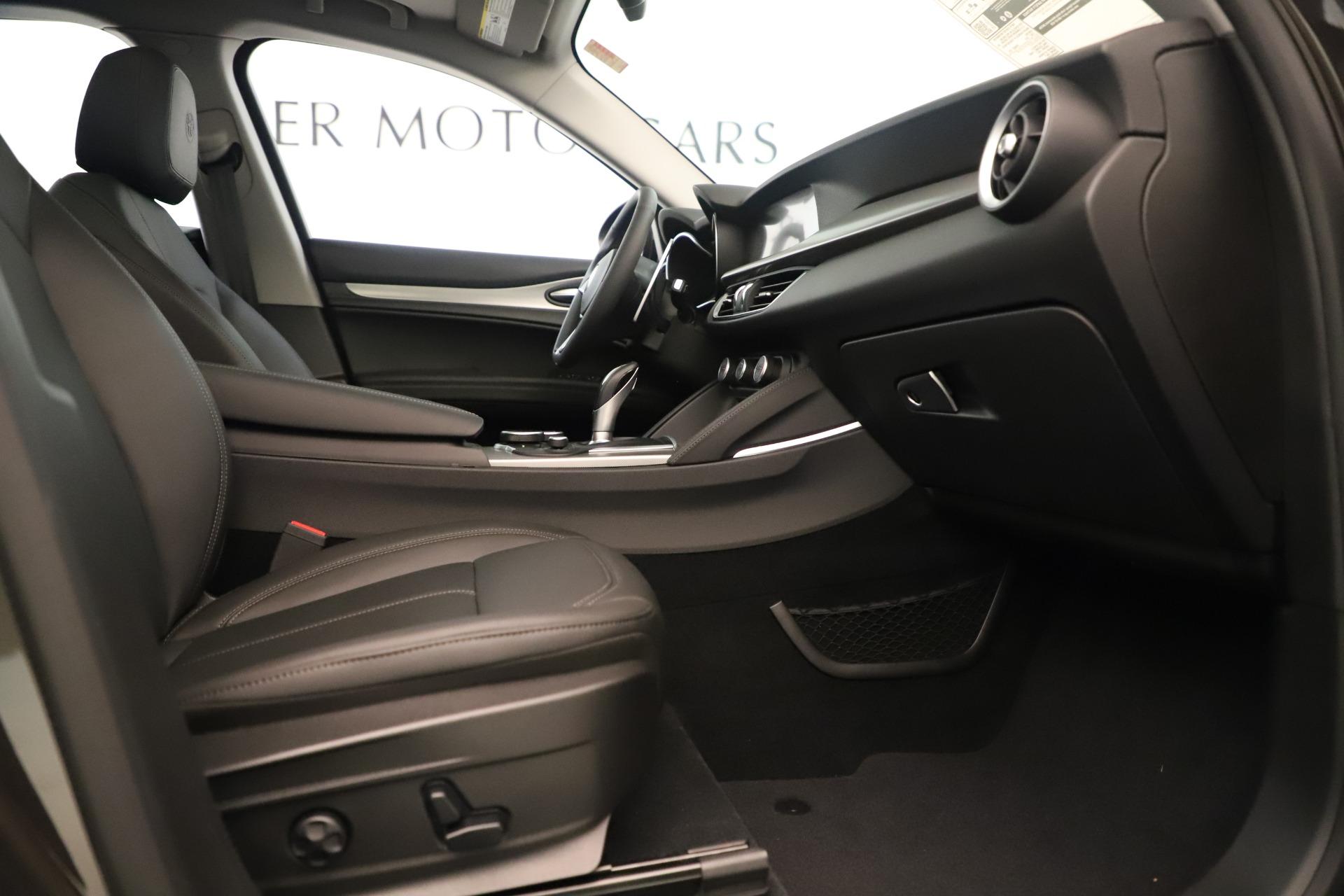 New 2019 Alfa Romeo Stelvio Ti Q4 For Sale In Greenwich, CT. Alfa Romeo of Greenwich, L661 3403_p23
