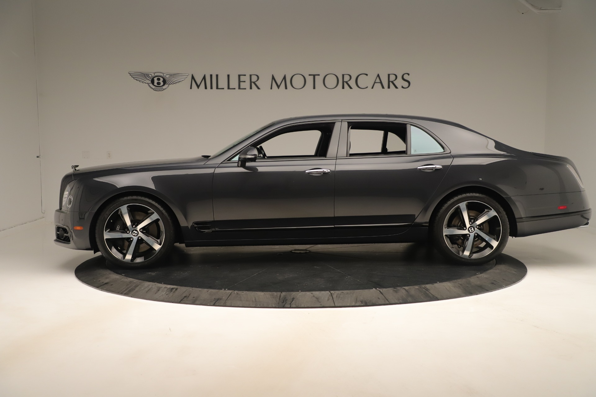 Used 2018 Bentley Mulsanne Speed Design Series For Sale In Greenwich, CT. Alfa Romeo of Greenwich, 7624 3405_p3