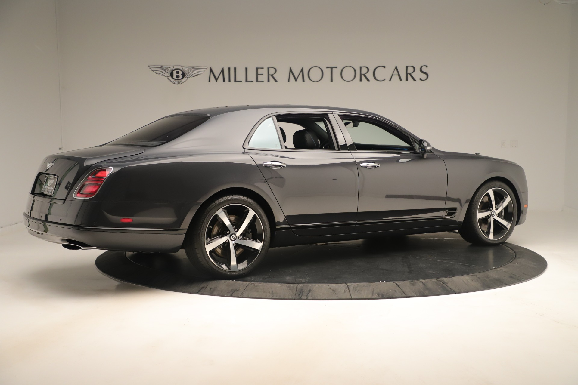 Used 2018 Bentley Mulsanne Speed Design Series For Sale In Greenwich, CT. Alfa Romeo of Greenwich, 7624 3405_p8