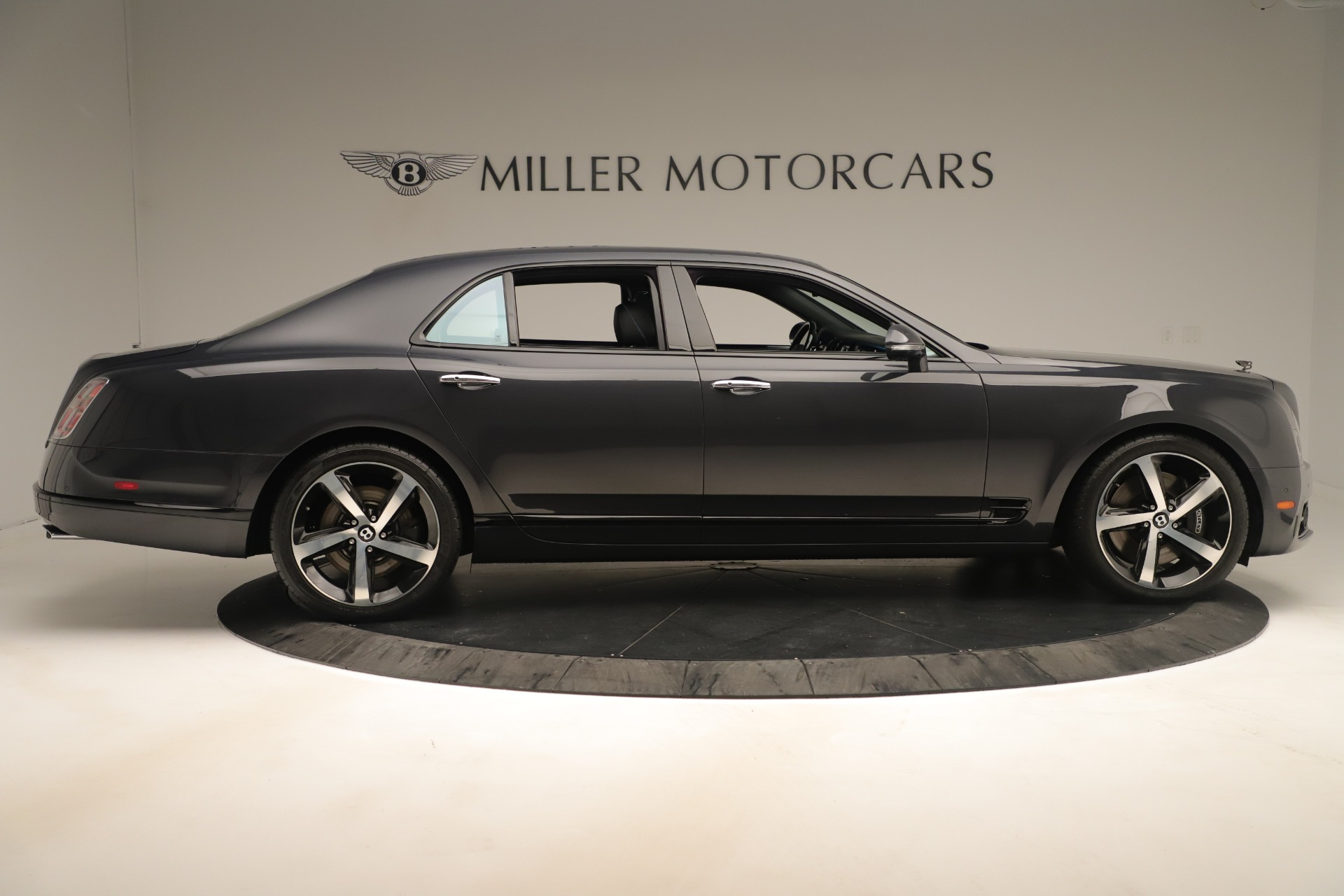 Used 2018 Bentley Mulsanne Speed Design Series For Sale In Greenwich, CT. Alfa Romeo of Greenwich, 7624 3405_p9