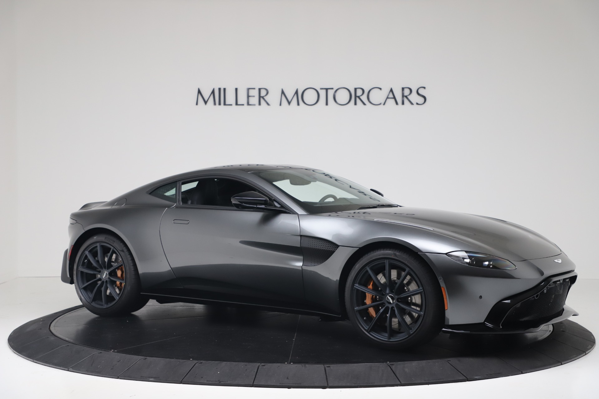 New 2020 Aston Martin Vantage V8 For Sale In Greenwich, CT. Alfa Romeo of Greenwich, A1399 3408_p11