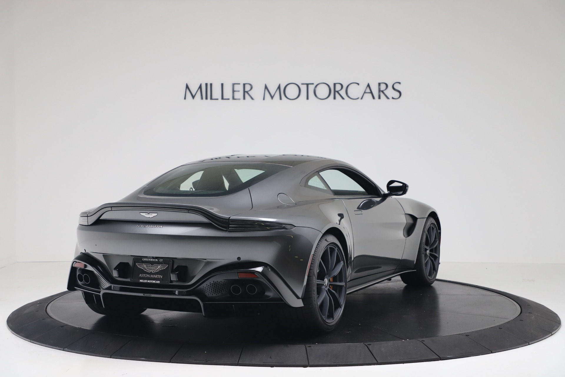 New 2020 Aston Martin Vantage V8 For Sale In Greenwich, CT. Alfa Romeo of Greenwich, A1399 3408_p8