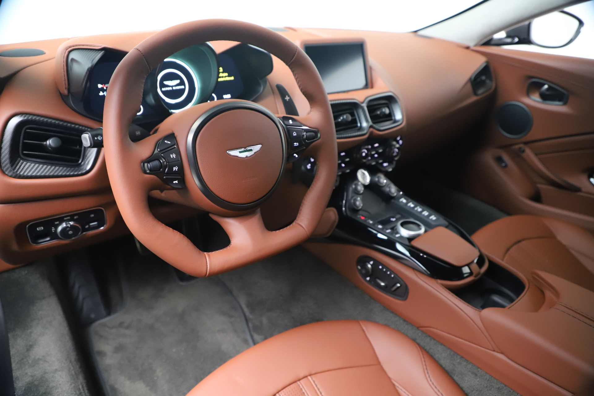 New 2020 Aston Martin Vantage  For Sale In Greenwich, CT. Alfa Romeo of Greenwich, A1403 3409_p13