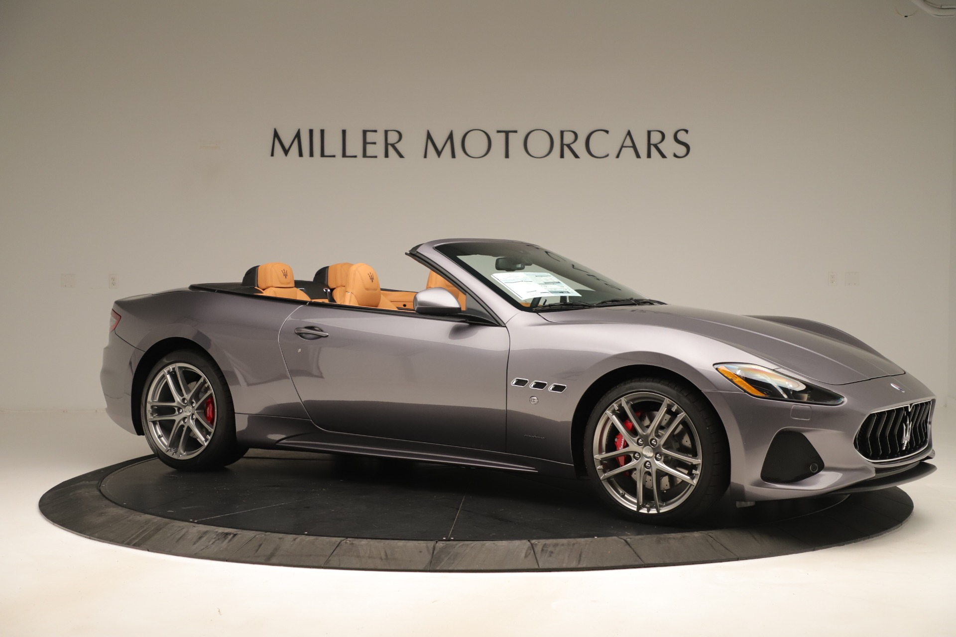 New 2019 Maserati GranTurismo Sport Convertible For Sale In Greenwich, CT. Alfa Romeo of Greenwich, W699 3410_p10