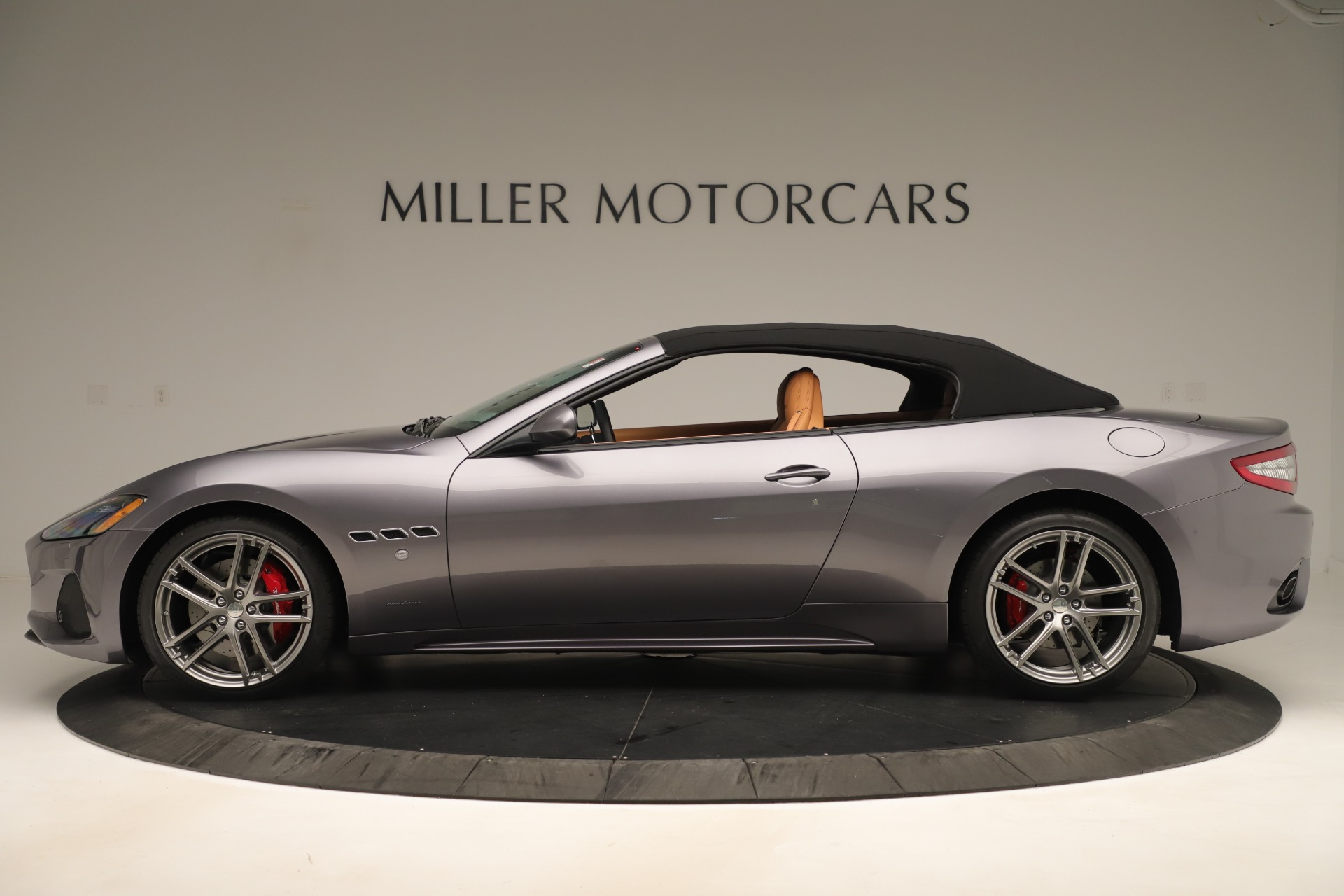 New 2019 Maserati GranTurismo Sport Convertible For Sale In Greenwich, CT. Alfa Romeo of Greenwich, W699 3410_p14