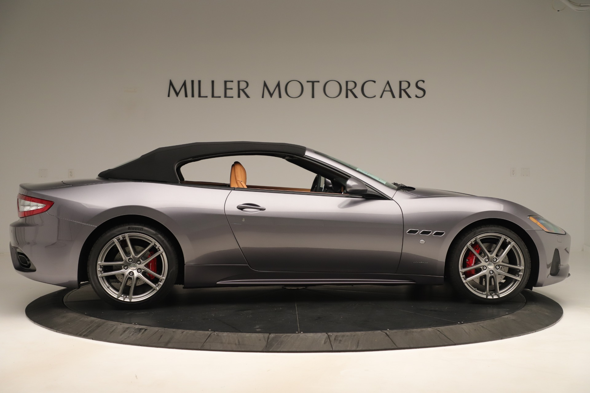 New 2019 Maserati GranTurismo Sport Convertible For Sale In Greenwich, CT. Alfa Romeo of Greenwich, W699 3410_p17