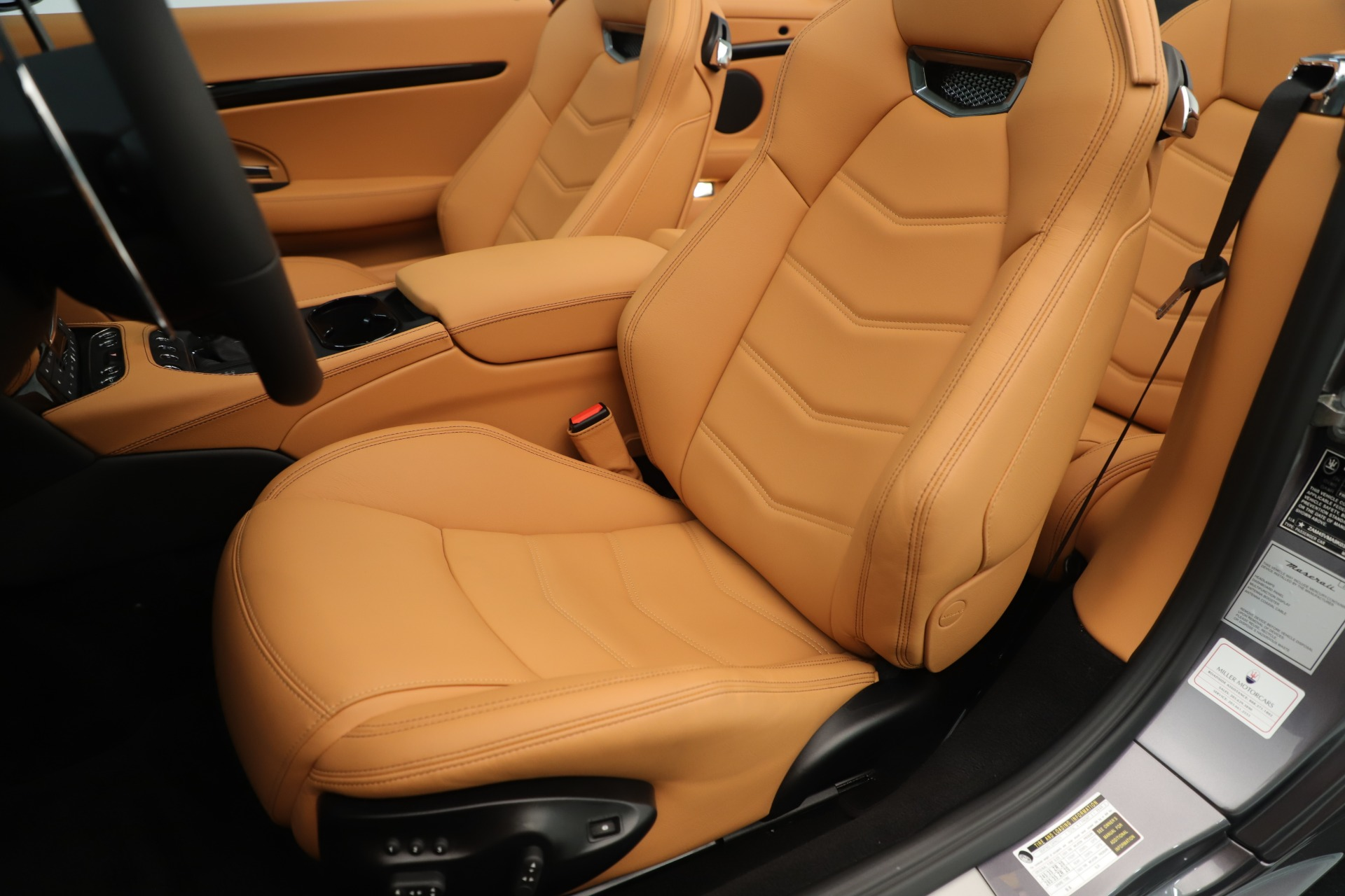New 2019 Maserati GranTurismo Sport Convertible For Sale In Greenwich, CT. Alfa Romeo of Greenwich, W699 3410_p21