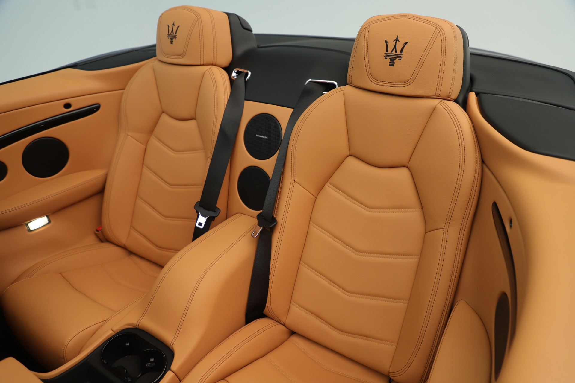 New 2019 Maserati GranTurismo Sport Convertible For Sale In Greenwich, CT. Alfa Romeo of Greenwich, W699 3410_p24