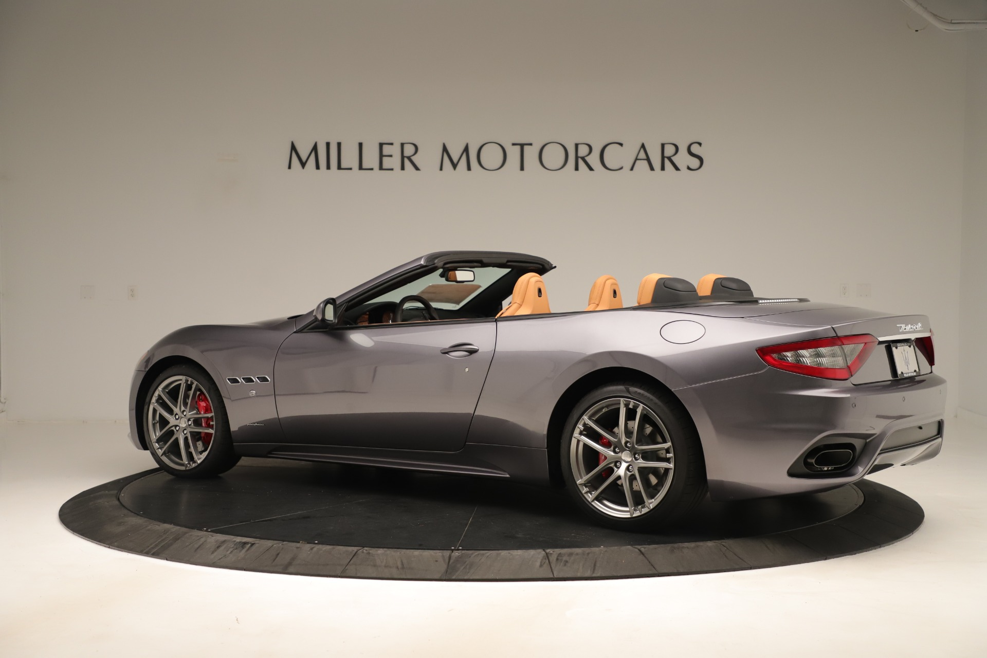 New 2019 Maserati GranTurismo Sport Convertible For Sale In Greenwich, CT. Alfa Romeo of Greenwich, W699 3410_p4