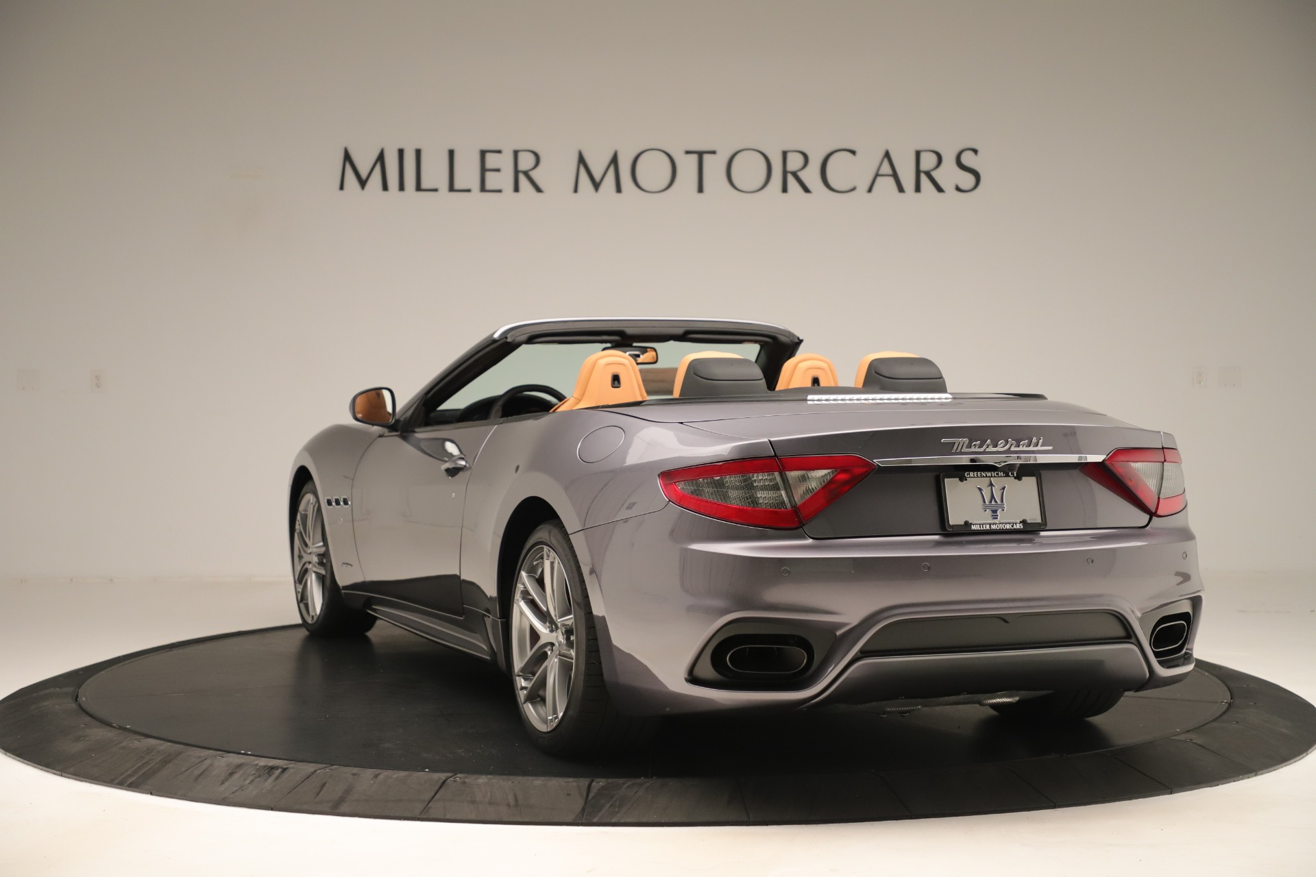 New 2019 Maserati GranTurismo Sport Convertible For Sale In Greenwich, CT. Alfa Romeo of Greenwich, W699 3410_p5