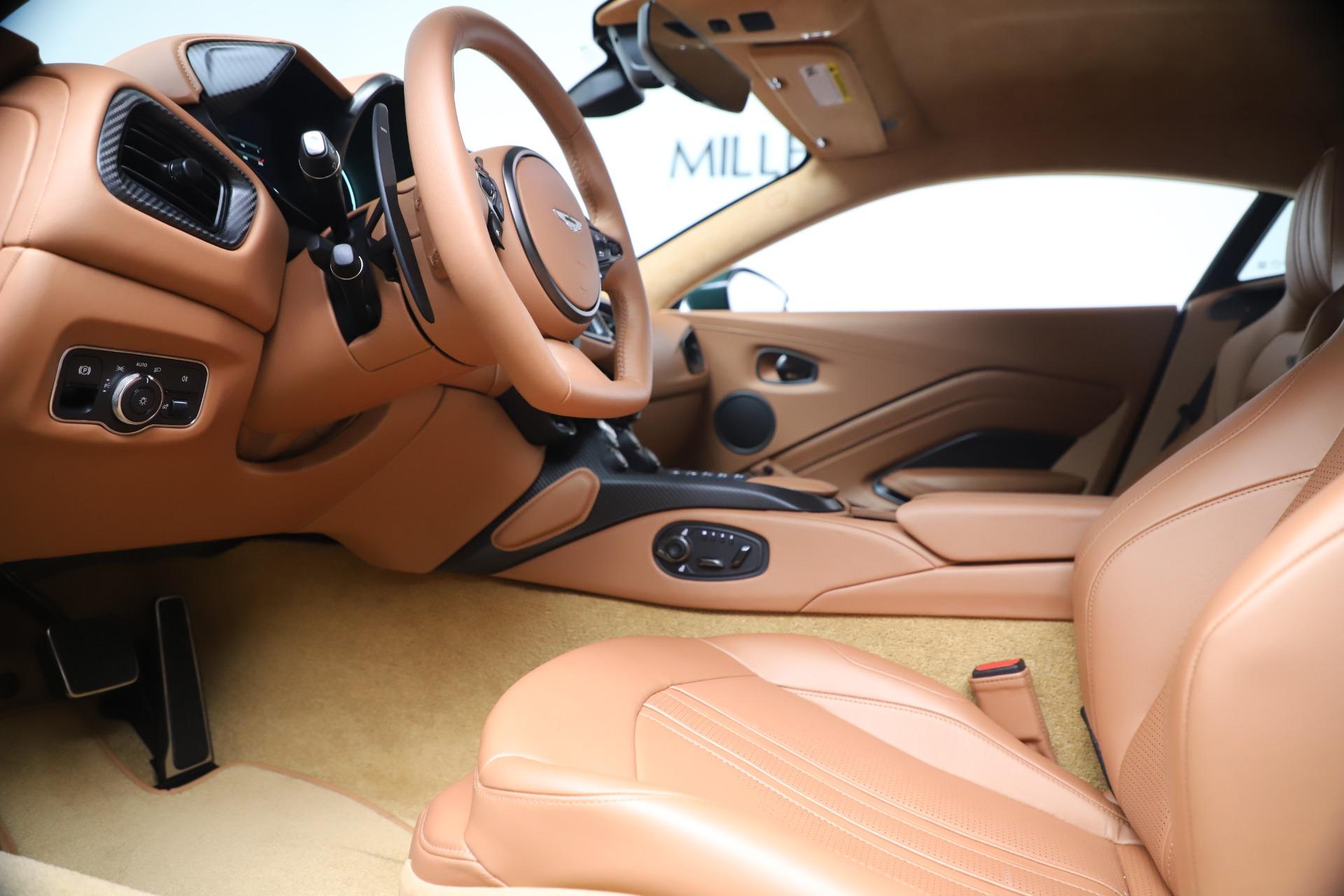 New 2020 Aston Martin Vantage  For Sale In Greenwich, CT. Alfa Romeo of Greenwich, A1401 3411_p14