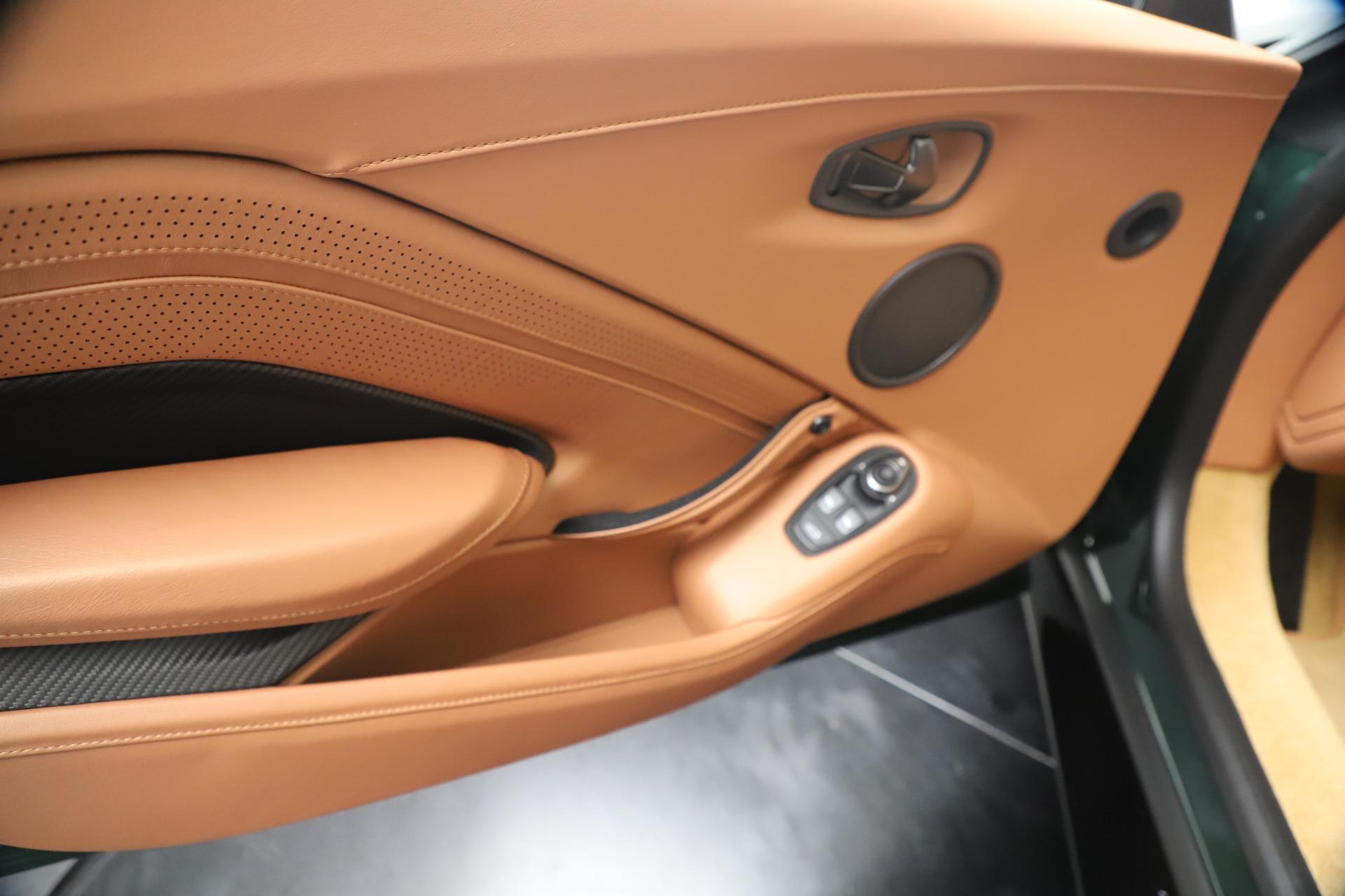 New 2020 Aston Martin Vantage  For Sale In Greenwich, CT. Alfa Romeo of Greenwich, A1401 3411_p16