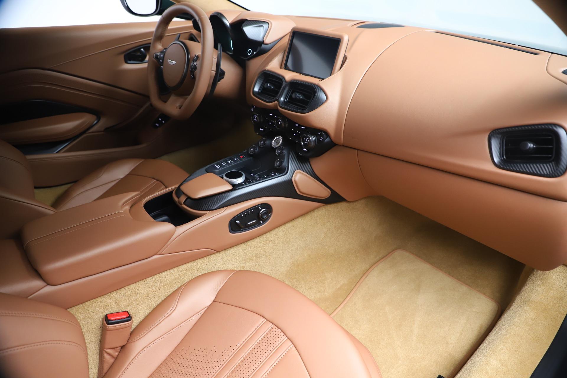 New 2020 Aston Martin Vantage  For Sale In Greenwich, CT. Alfa Romeo of Greenwich, A1401 3411_p17