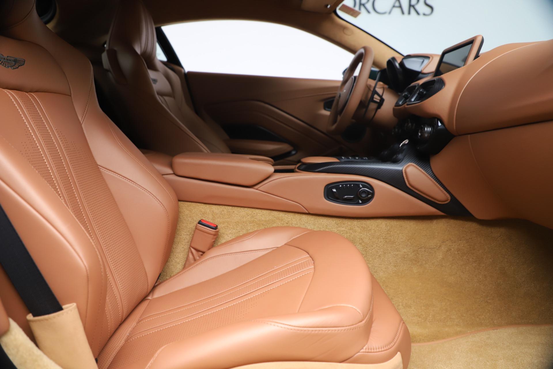 New 2020 Aston Martin Vantage  For Sale In Greenwich, CT. Alfa Romeo of Greenwich, A1401 3411_p19