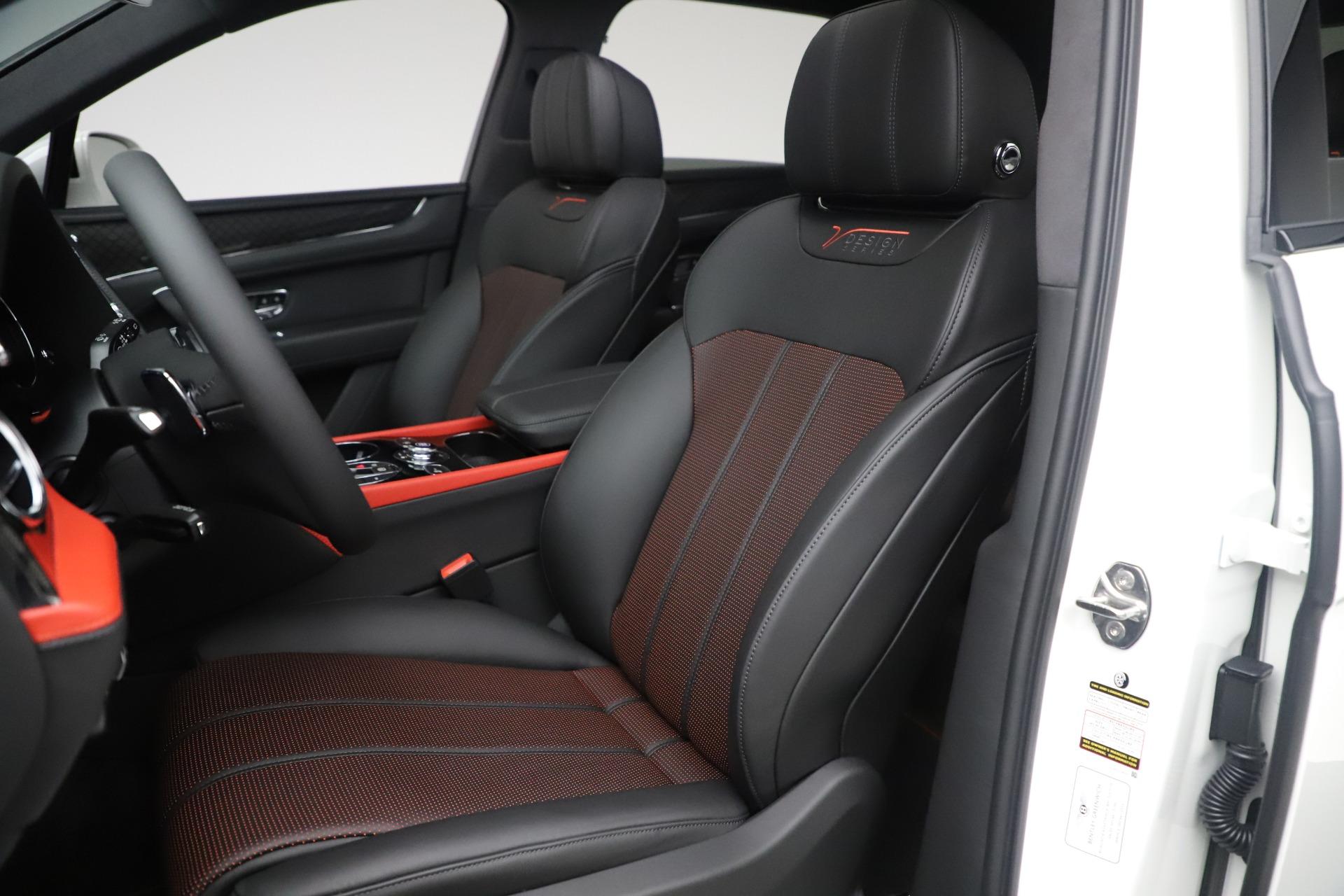 New 2020 Bentley Bentayga V8 Design Series For Sale In Greenwich, CT. Alfa Romeo of Greenwich, B1434 3414_p27