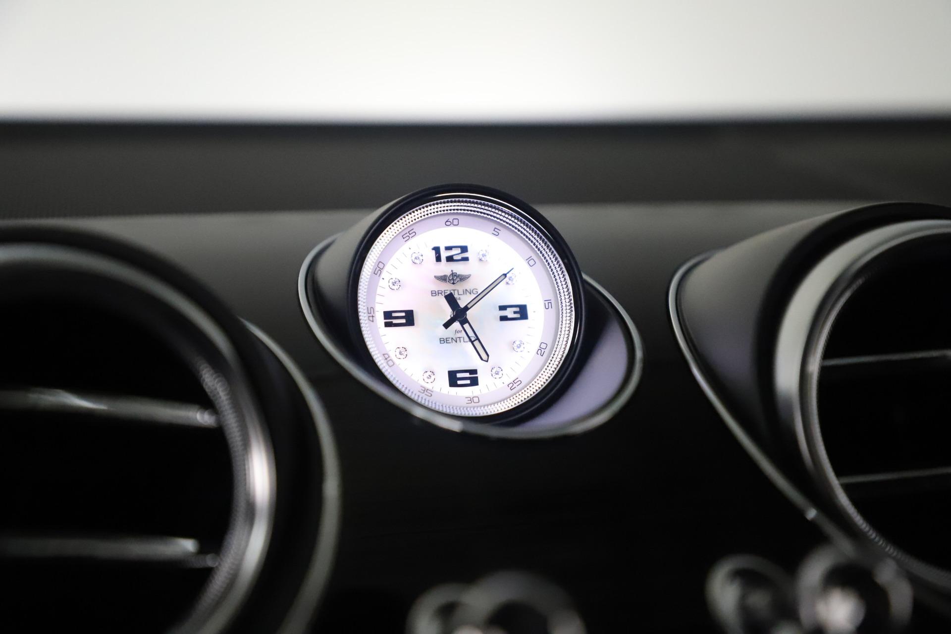 New 2020 Bentley Bentayga V8 Design Series For Sale In Greenwich, CT. Alfa Romeo of Greenwich, B1434 3414_p31
