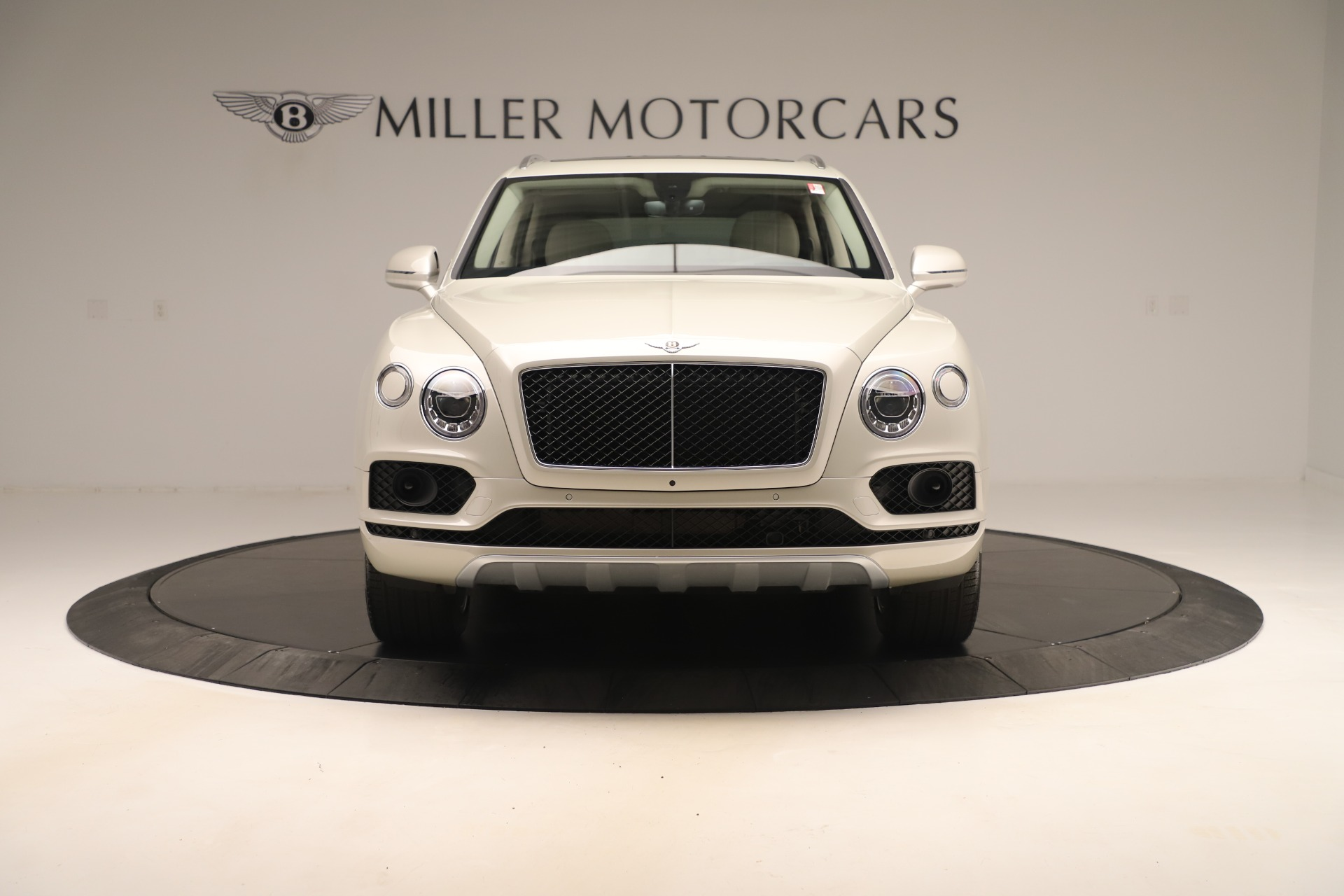 New 2020 Bentley Bentayga V8 For Sale In Greenwich, CT. Alfa Romeo of Greenwich, B1422 3419_p13