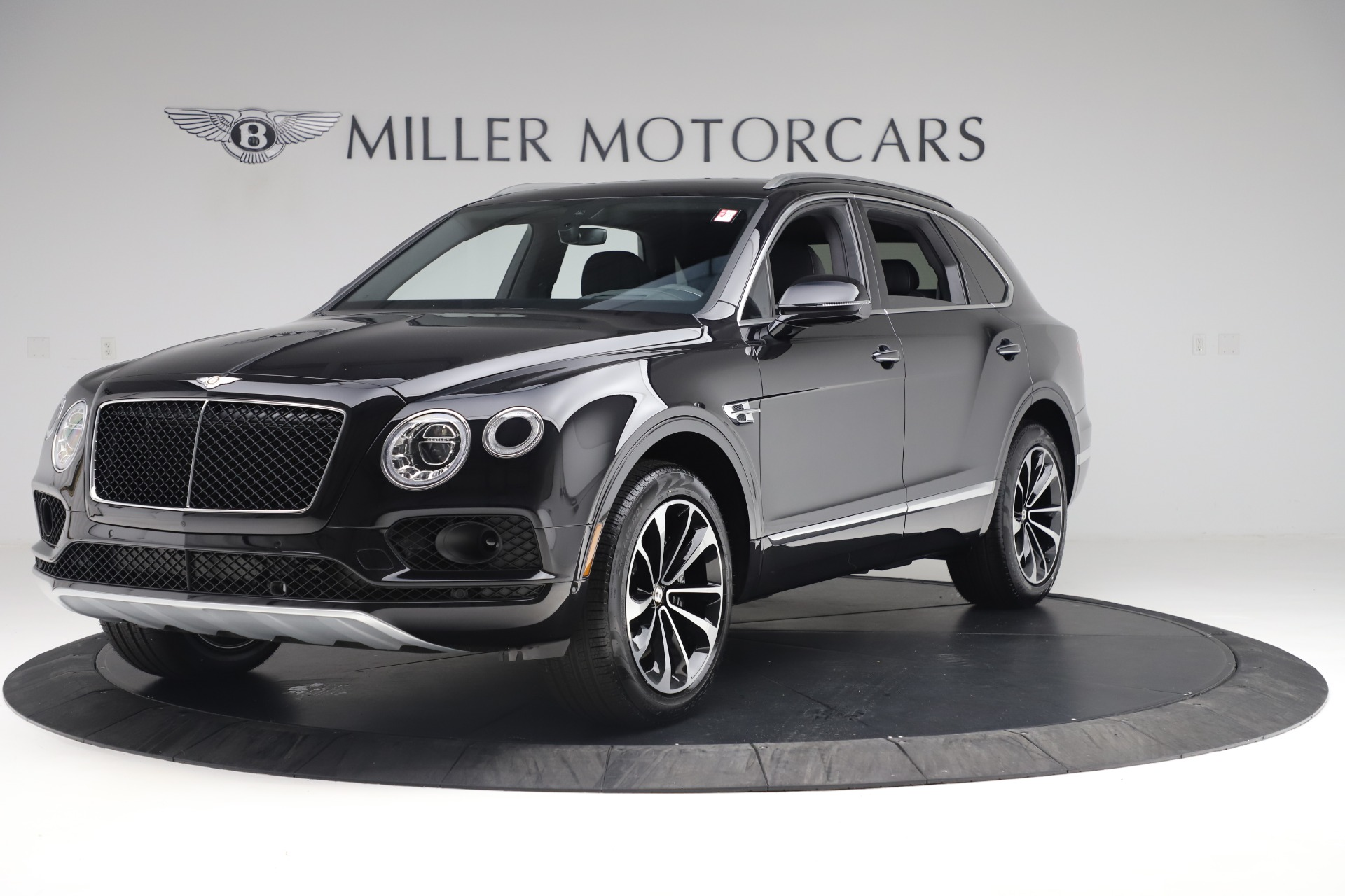 New 2020 Bentley Bentayga V8 For Sale In Greenwich, CT. Alfa Romeo of Greenwich, B1421 3425_main