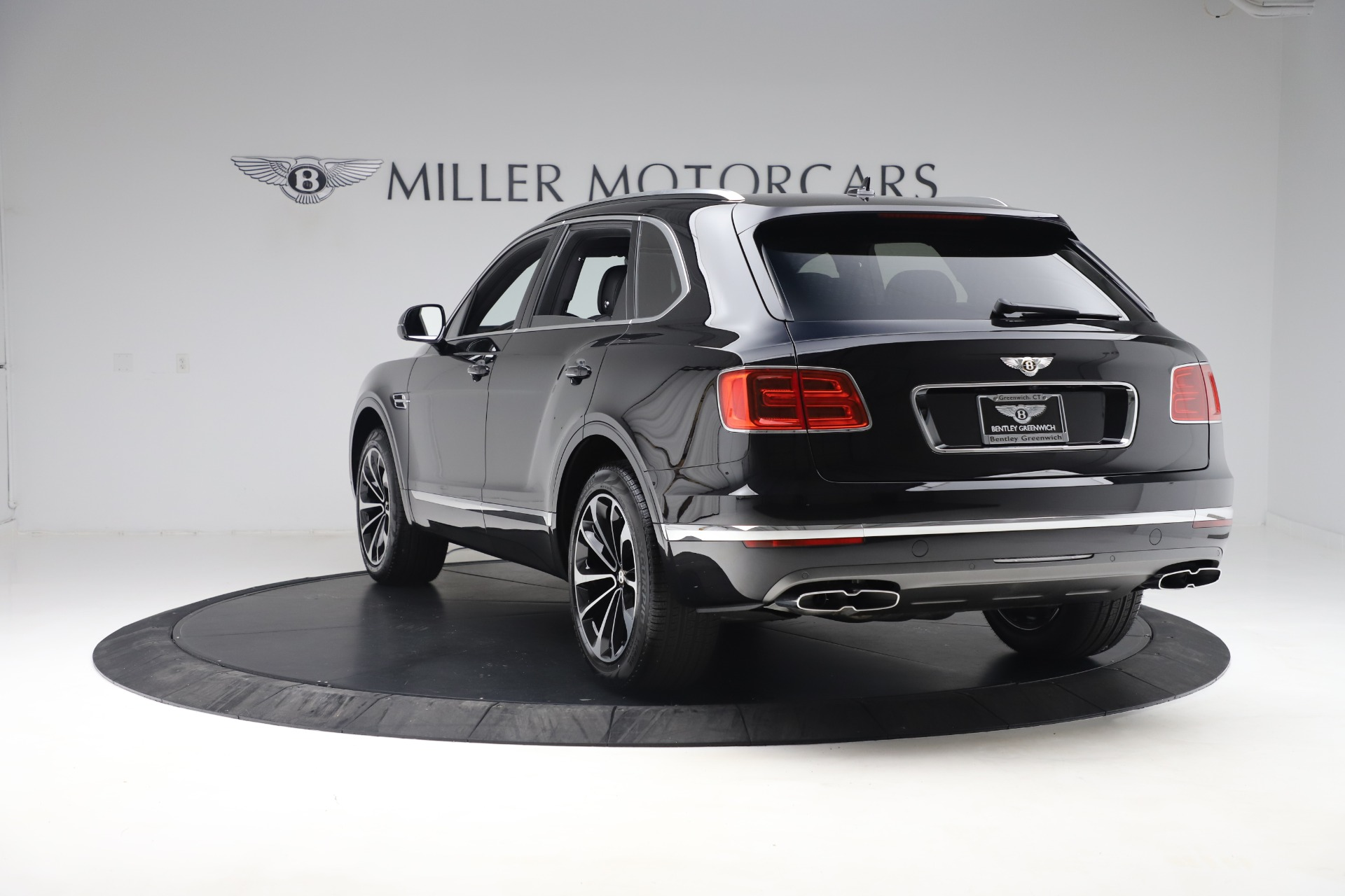 New 2020 Bentley Bentayga V8 For Sale In Greenwich, CT. Alfa Romeo of Greenwich, B1421 3425_p5