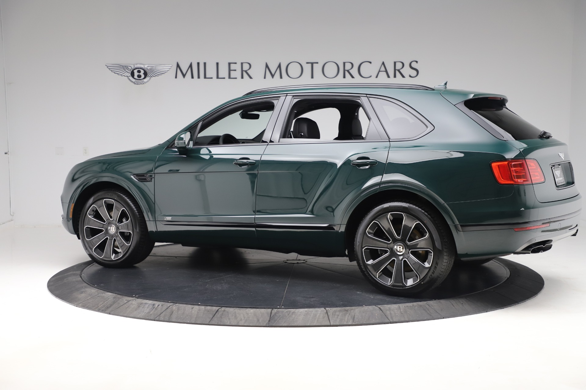 New 2020 Bentley Bentayga V8 Design Series For Sale In Greenwich, CT. Alfa Romeo of Greenwich, 379894 3427_p4