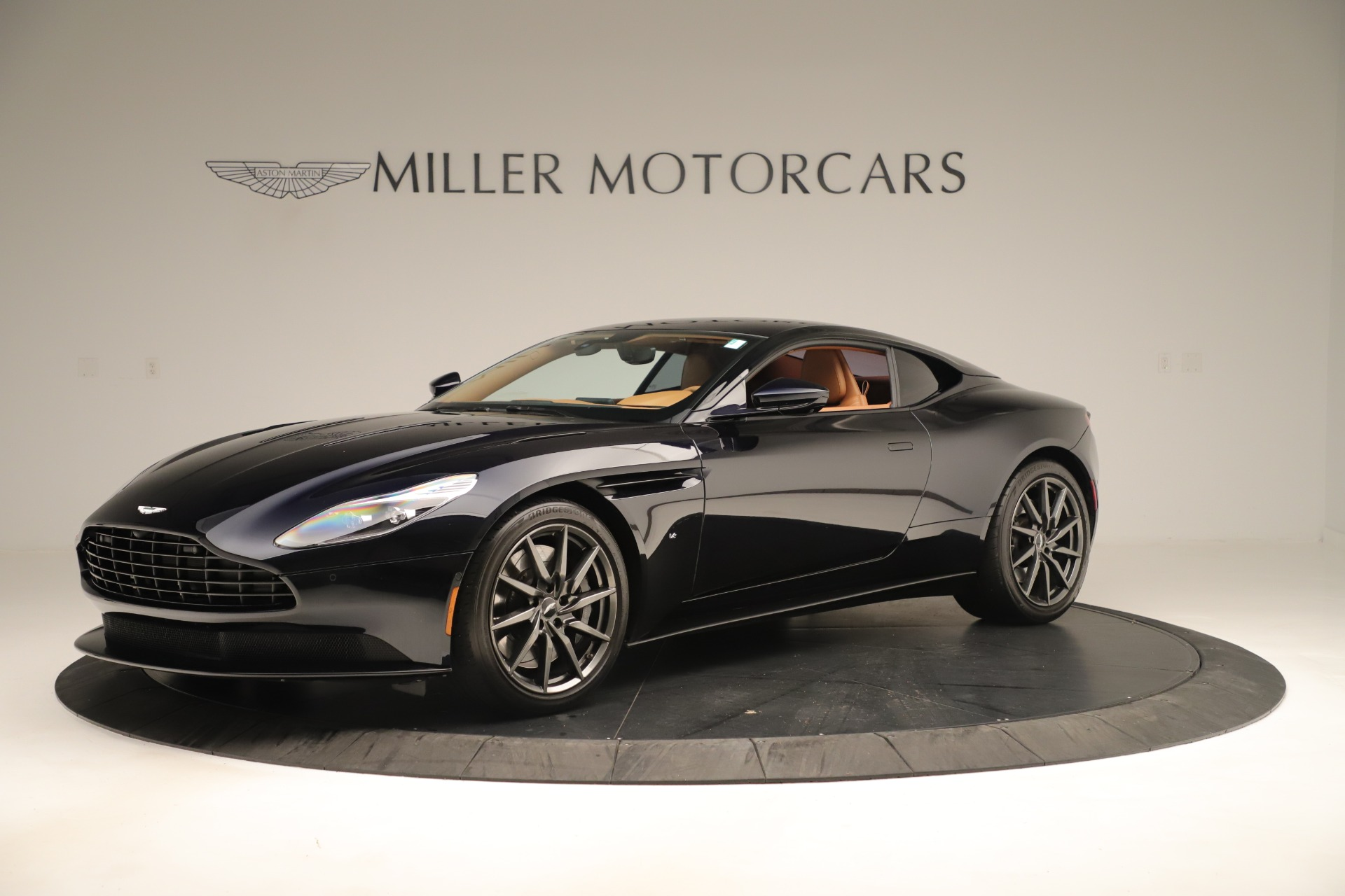 Used 2017 Aston Martin DB11 Launch Edition For Sale In Greenwich, CT. Alfa Romeo of Greenwich, A1405A 3431_main