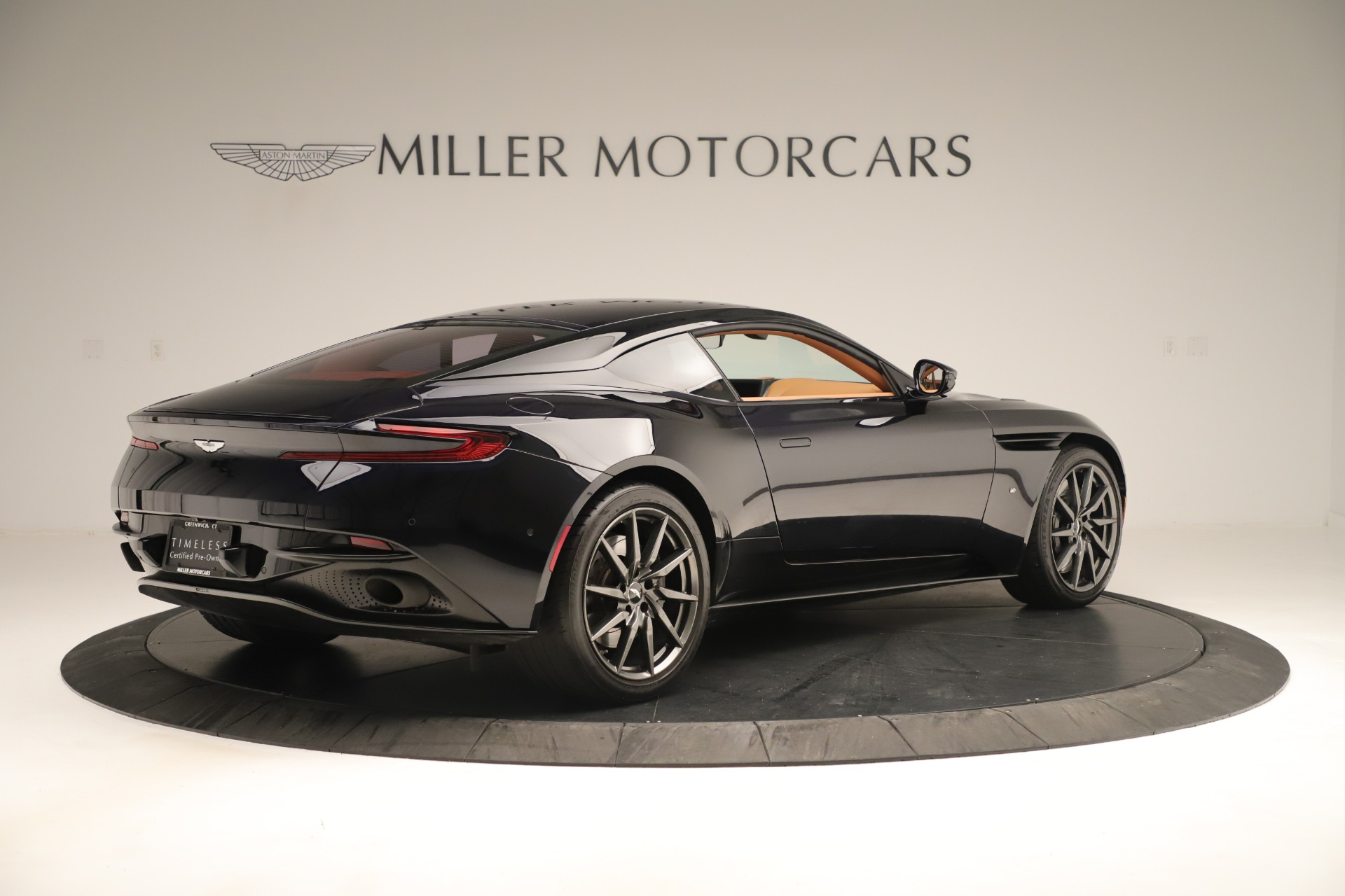Used 2017 Aston Martin DB11 Launch Edition For Sale In Greenwich, CT. Alfa Romeo of Greenwich, A1405A 3431_p7