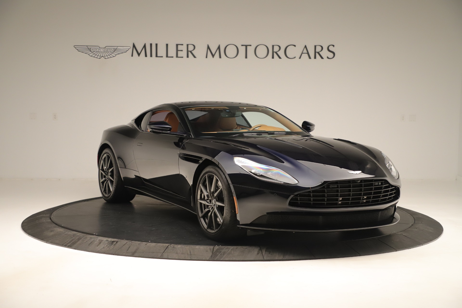 Used 2017 Aston Martin DB11 Launch Edition For Sale In Greenwich, CT. Alfa Romeo of Greenwich, A1405A 3431_p9