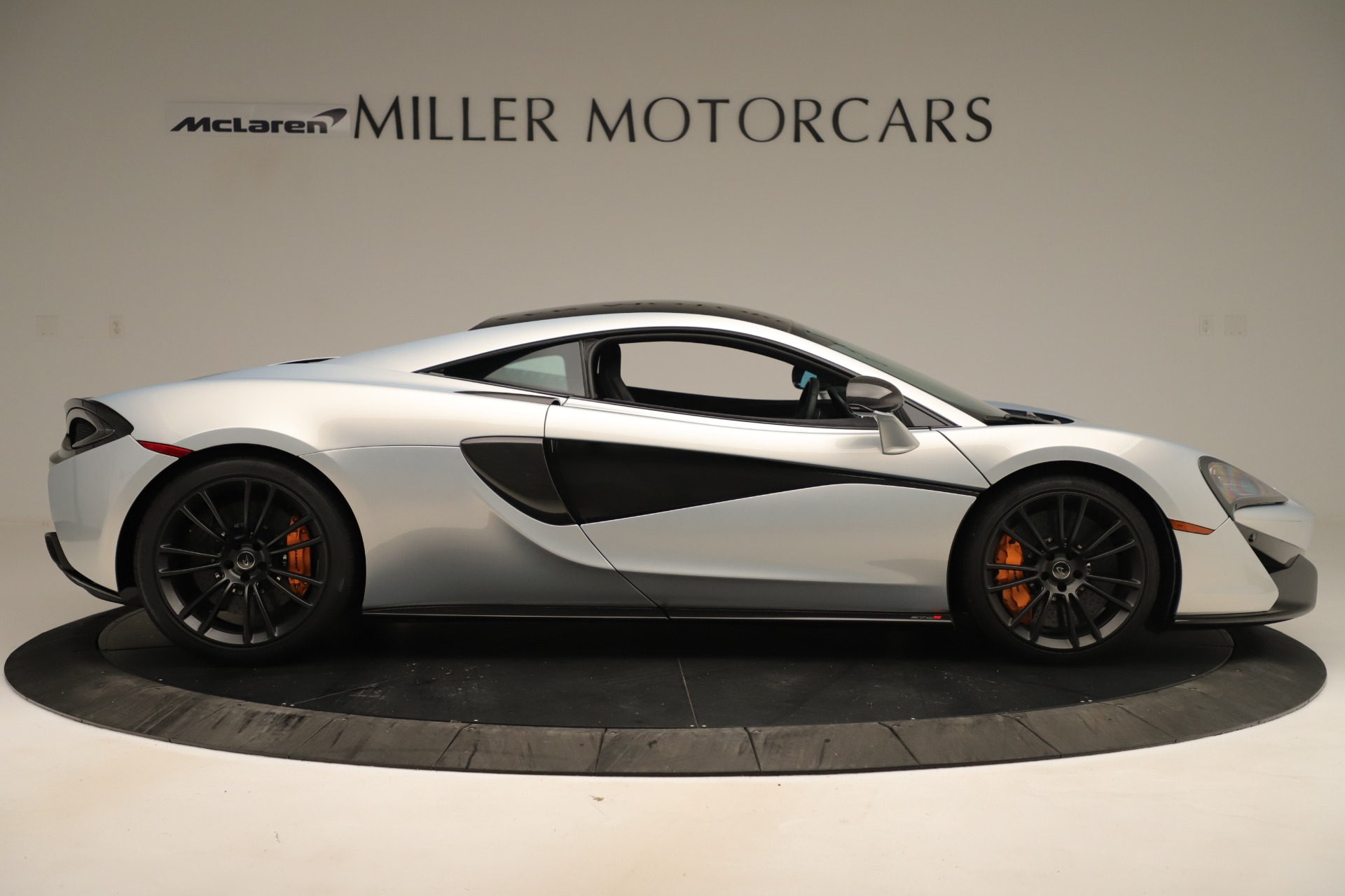 Used 2016 McLaren 570S Coupe For Sale In Greenwich, CT. Alfa Romeo of Greenwich, MC426A 3433_p8