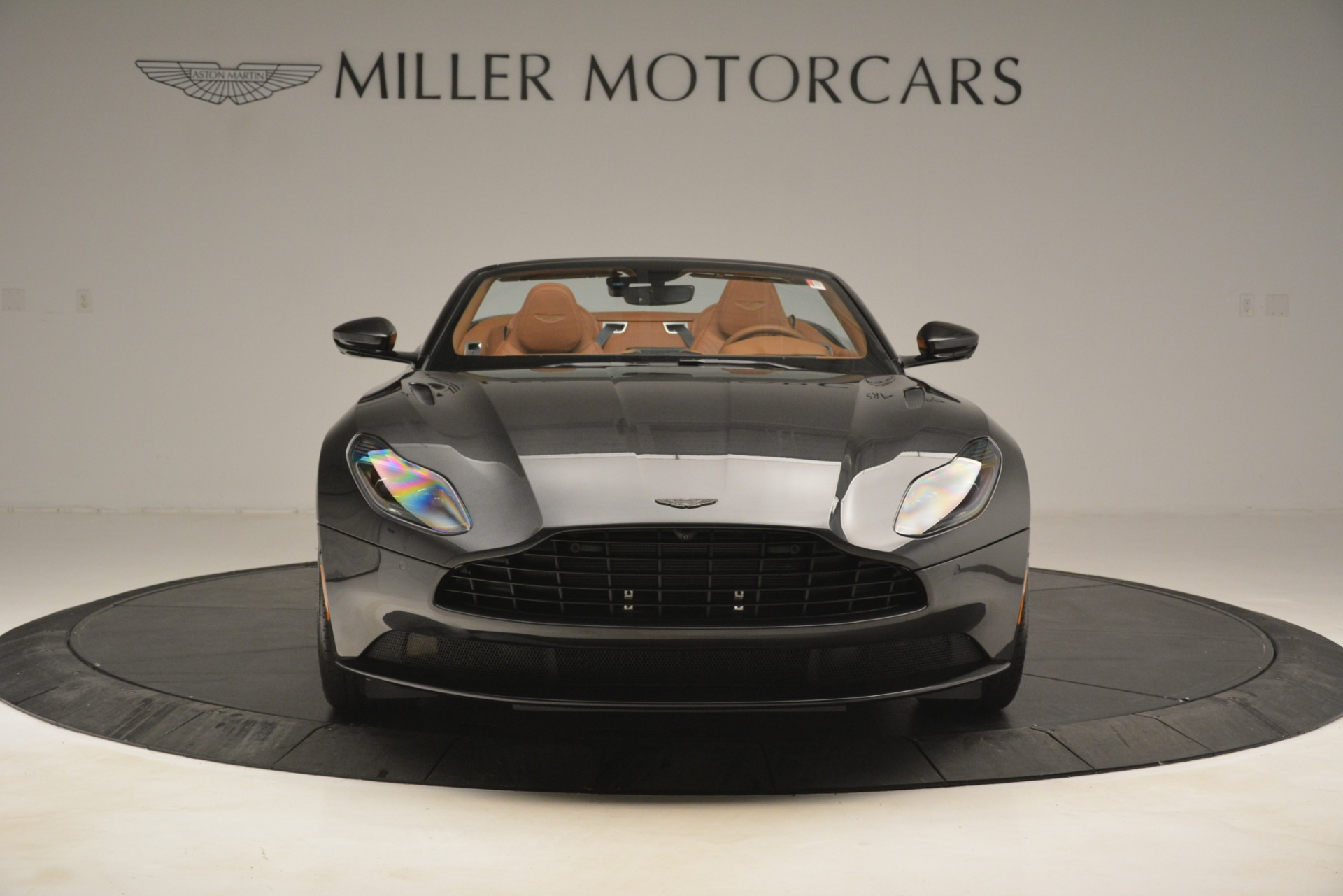 Used 2019 Aston Martin DB11 V8 Volante For Sale In Greenwich, CT. Alfa Romeo of Greenwich, A1346A 3434_p11