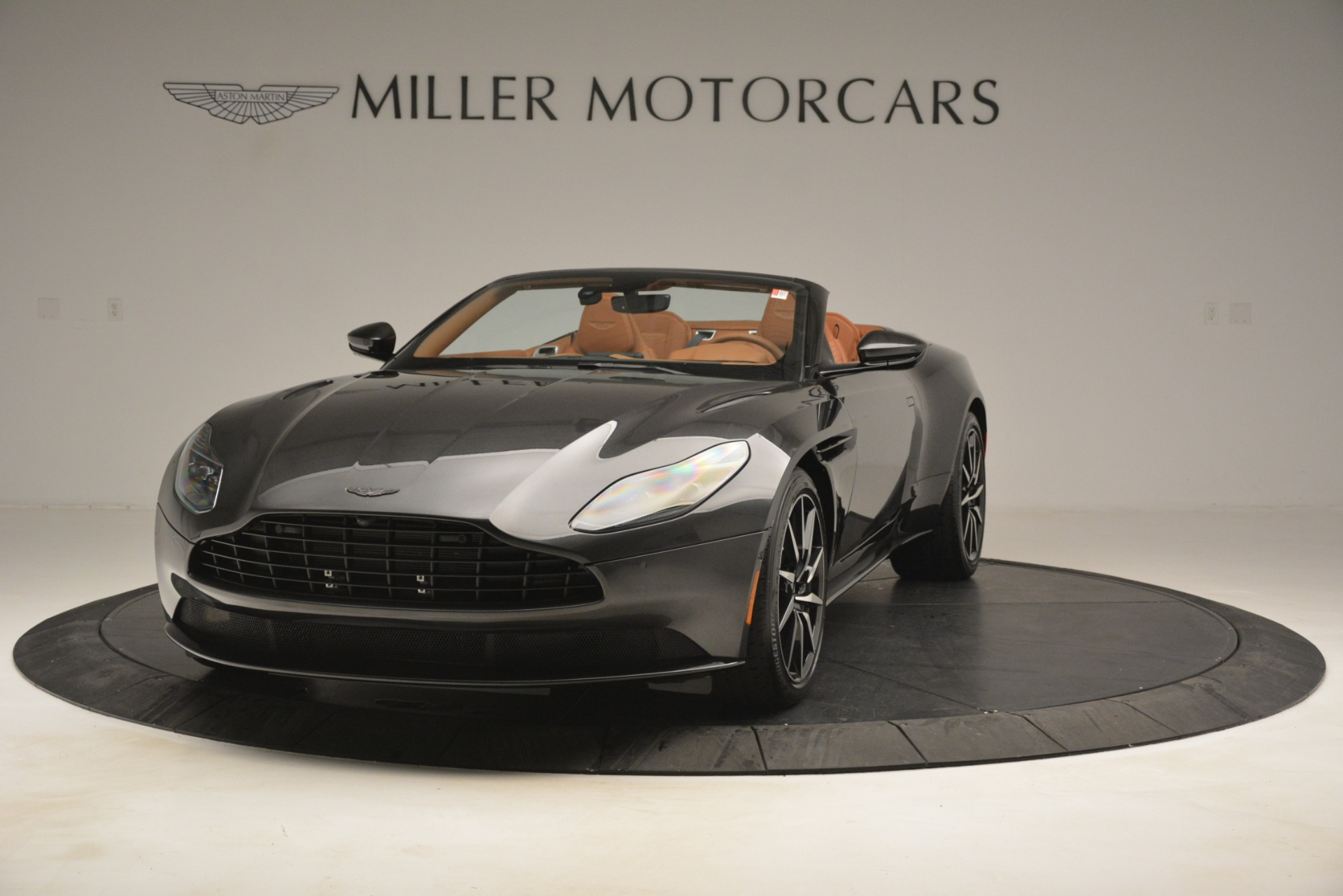 Used 2019 Aston Martin DB11 V8 Volante For Sale In Greenwich, CT. Alfa Romeo of Greenwich, A1346A 3434_p12