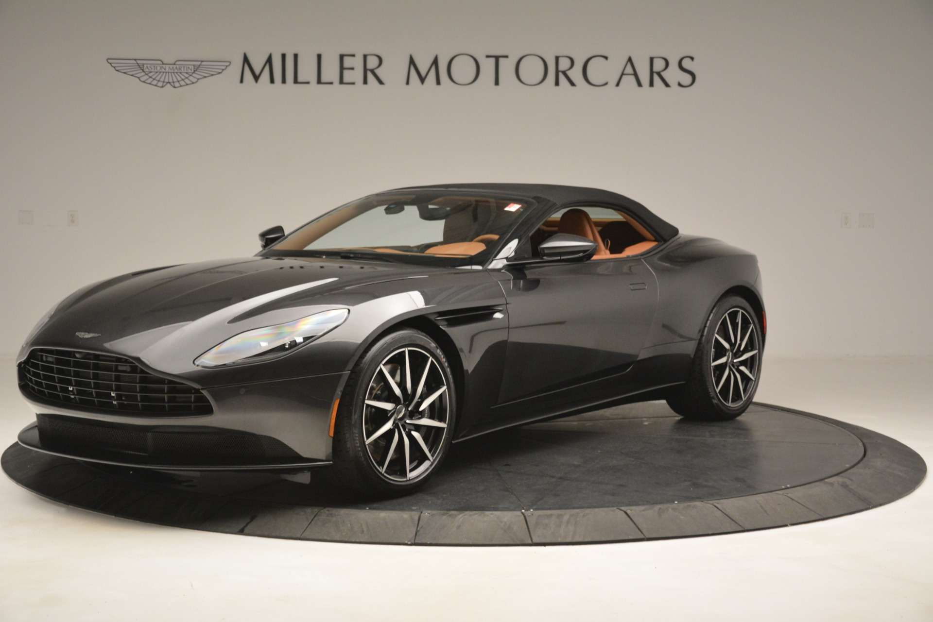 Used 2019 Aston Martin DB11 V8 Volante For Sale In Greenwich, CT. Alfa Romeo of Greenwich, A1346A 3434_p13