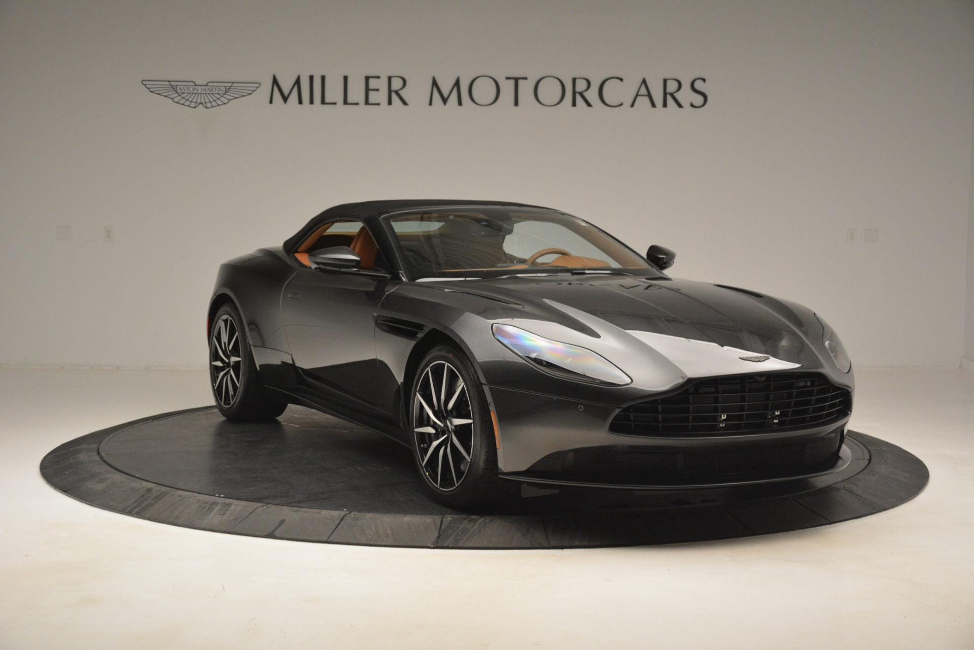 Used 2019 Aston Martin DB11 V8 Volante For Sale In Greenwich, CT. Alfa Romeo of Greenwich, A1346A 3434_p17