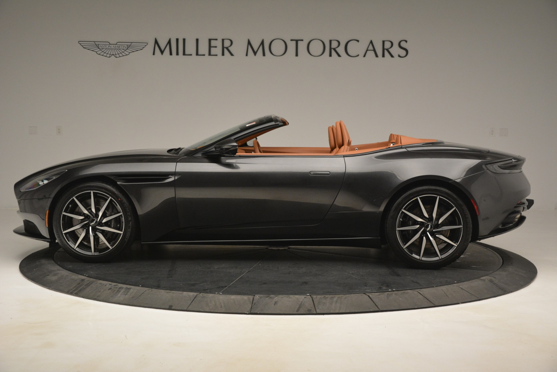 Used 2019 Aston Martin DB11 V8 Volante For Sale In Greenwich, CT. Alfa Romeo of Greenwich, A1346A 3434_p2
