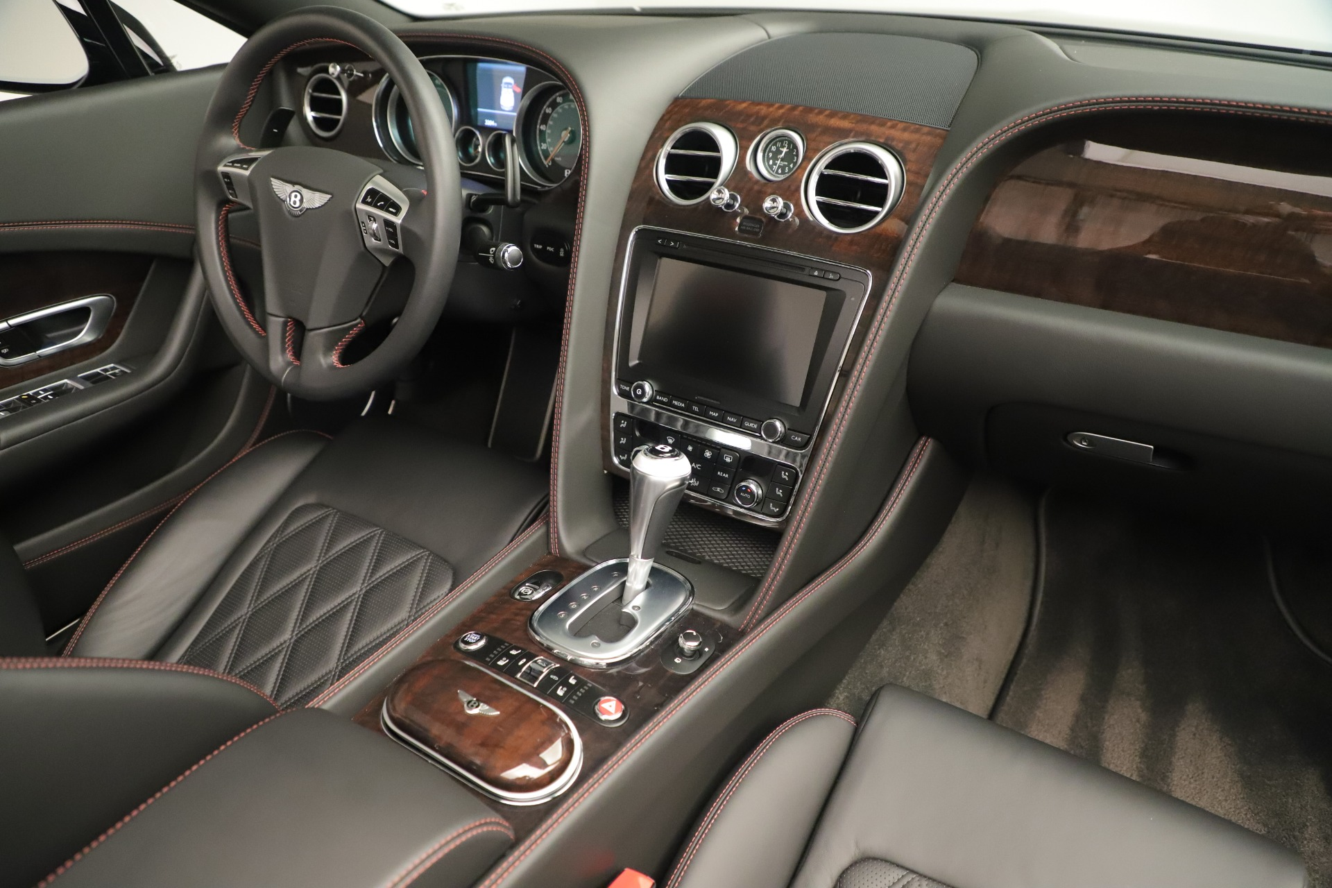 Used 2014 Bentley Continental GT V8 For Sale In Greenwich, CT. Alfa Romeo of Greenwich, 7634 3435_p31