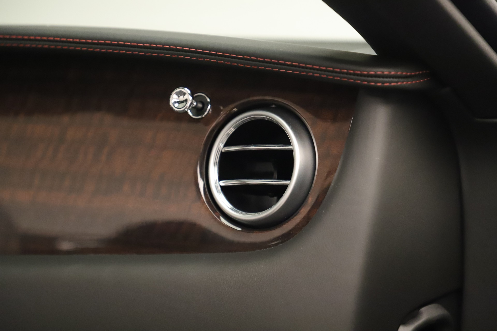 Used 2014 Bentley Continental GT V8 For Sale In Greenwich, CT. Alfa Romeo of Greenwich, 7634 3435_p32