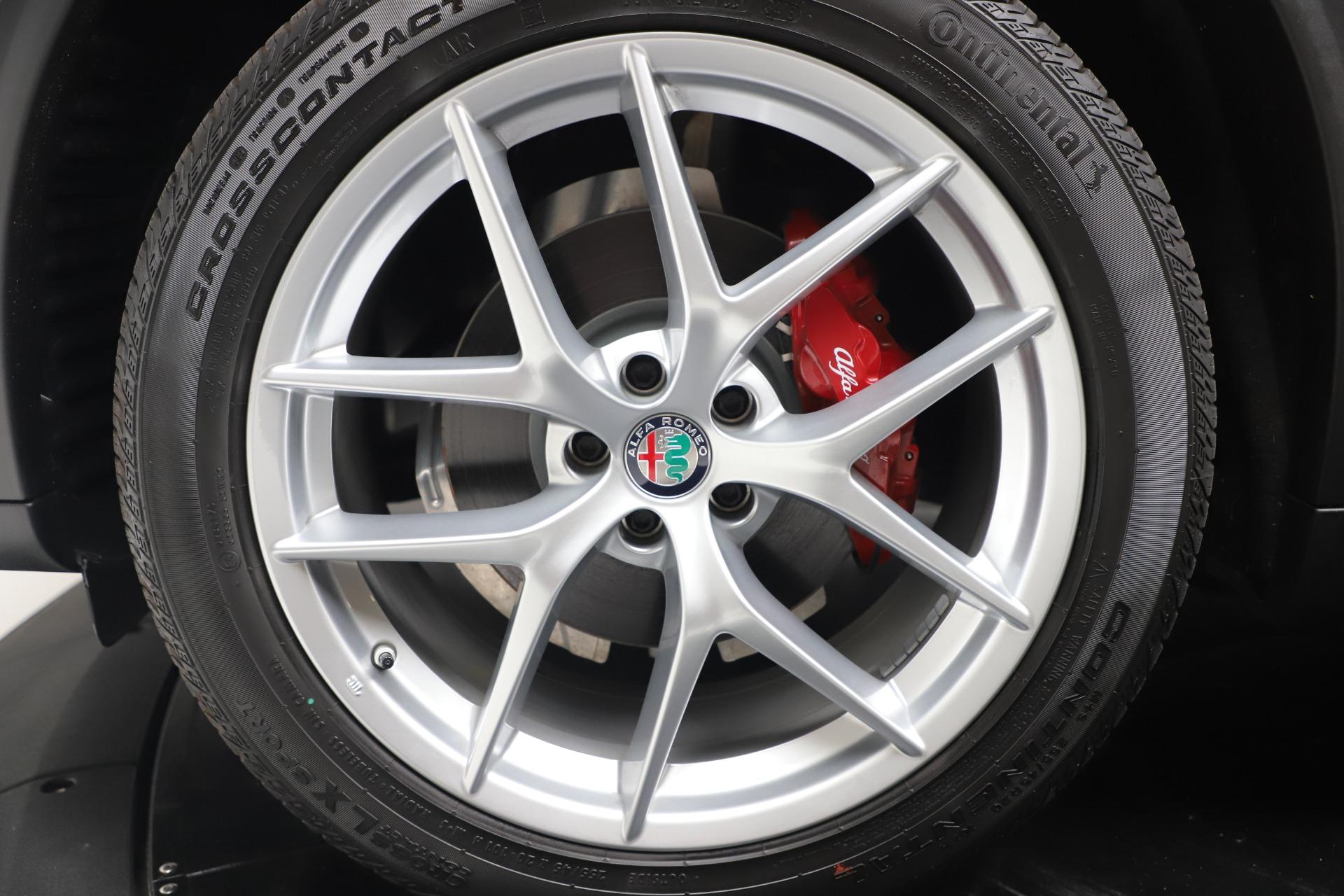 New 2019 Alfa Romeo Stelvio Ti Sport Q4 For Sale In Greenwich, CT. Alfa Romeo of Greenwich, LW382 3437_p30