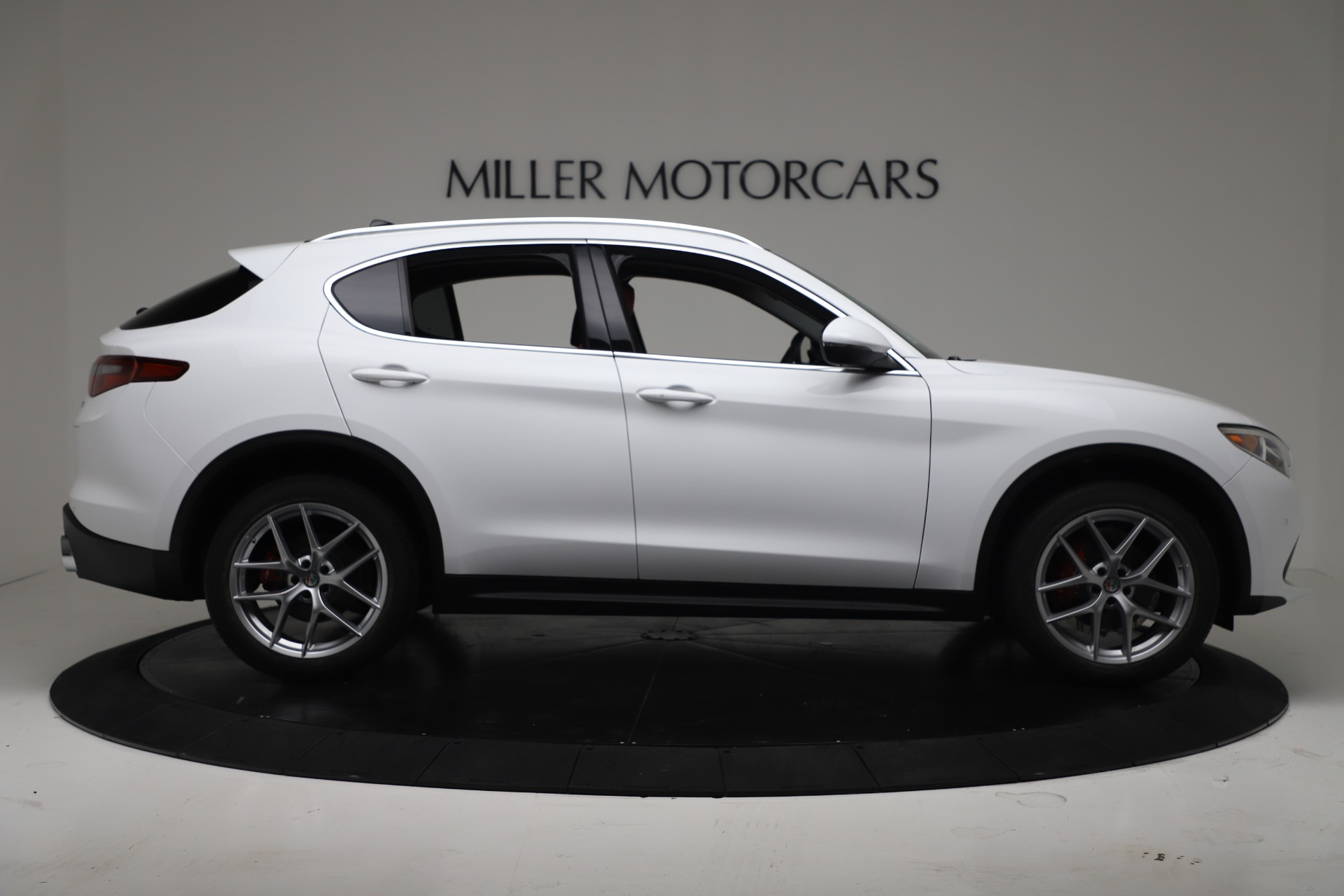 New 2019 Alfa Romeo Stelvio Ti Q4 For Sale In Greenwich, CT. Alfa Romeo of Greenwich, LW383 3438_p9